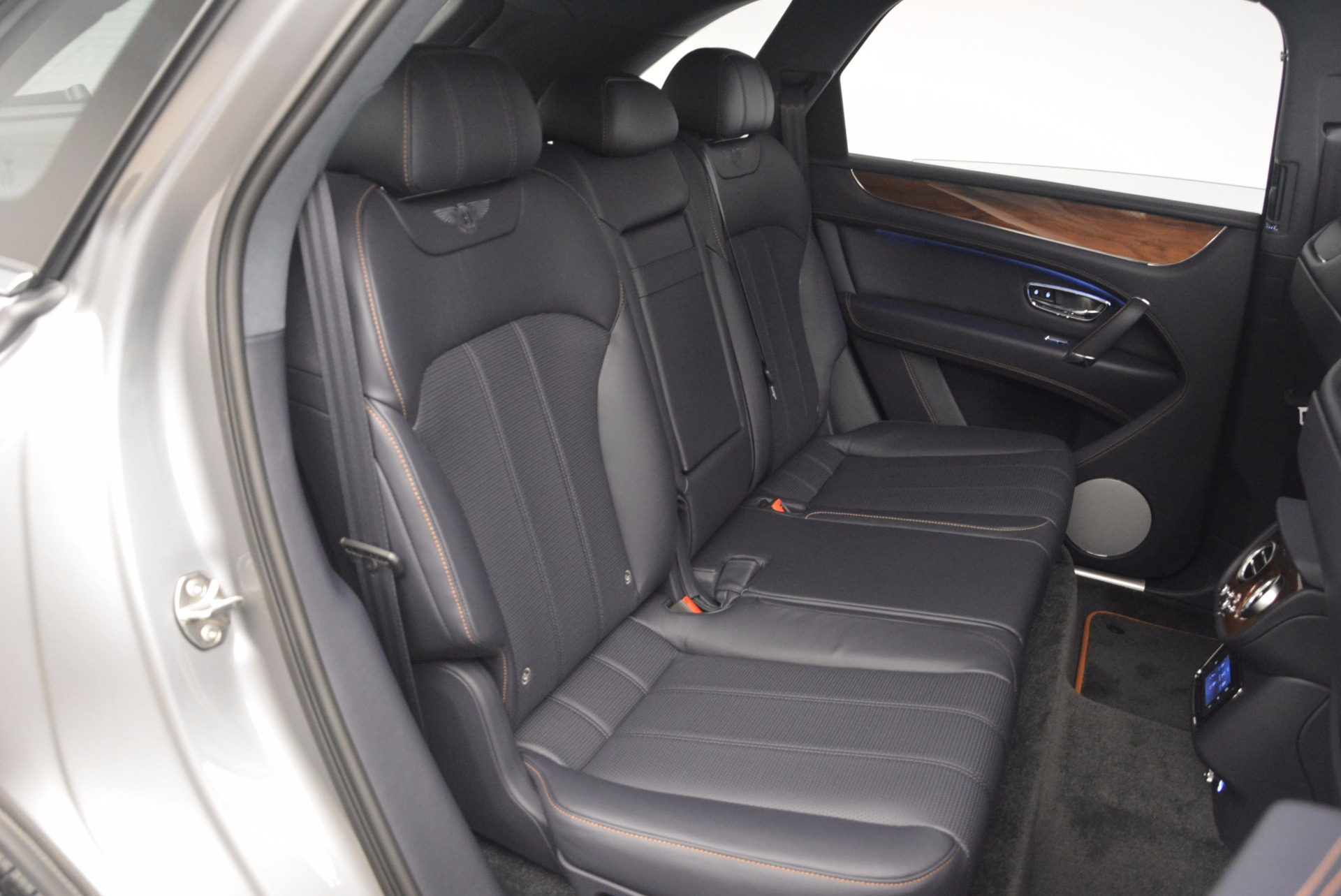 New 2018 Bentley Bentayga Onyx For Sale In Greenwich, CT 1220_p34