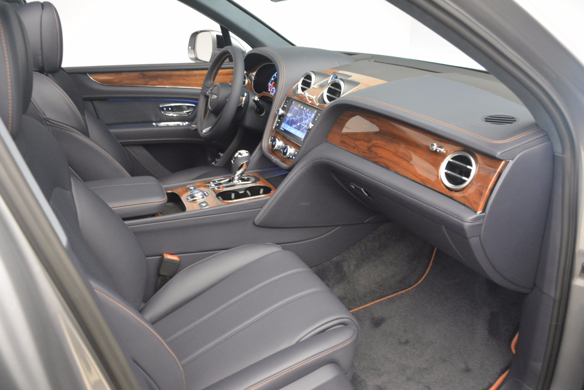 New 2018 Bentley Bentayga Onyx For Sale In Greenwich, CT 1220_p40
