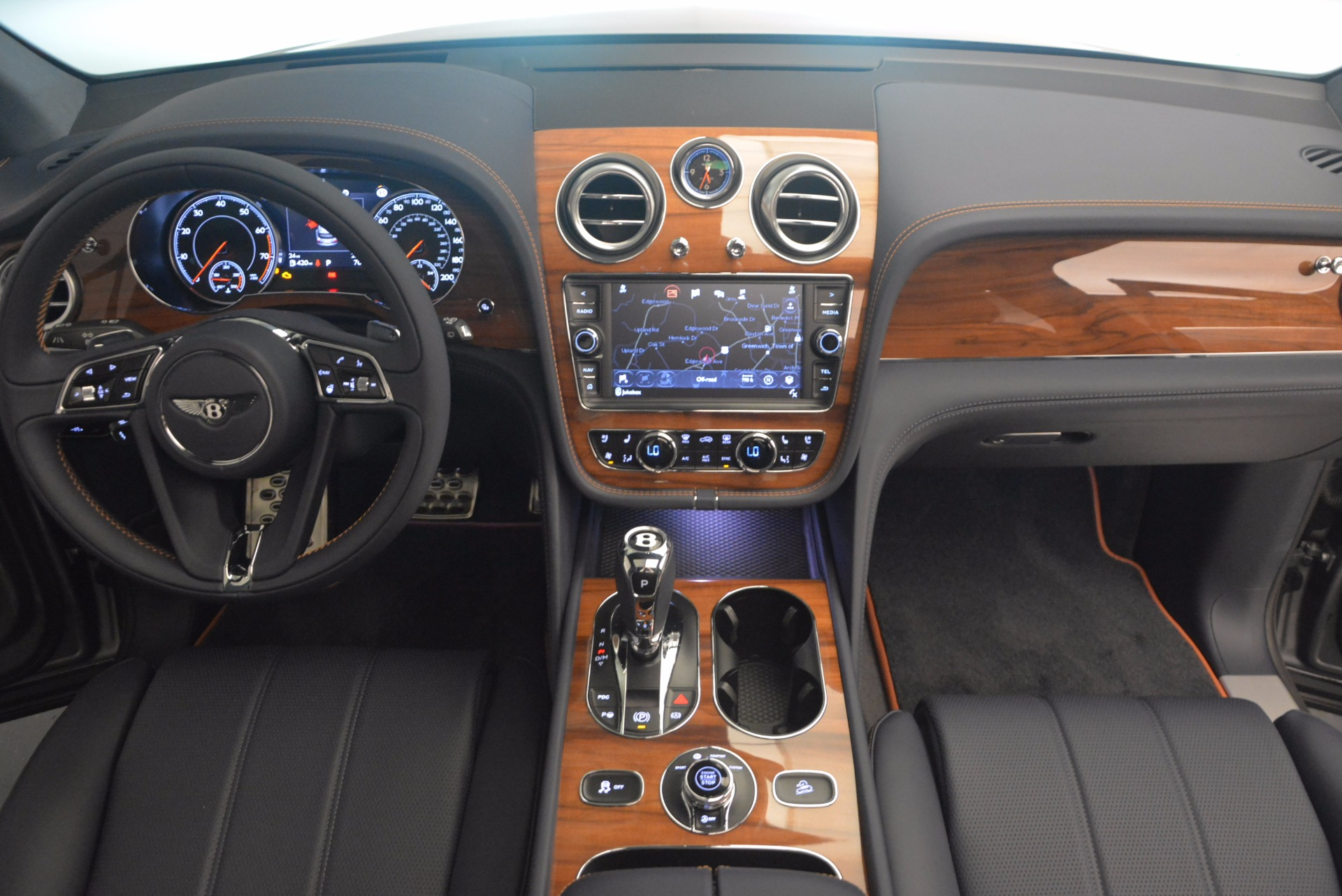 New 2018 Bentley Bentayga Onyx For Sale In Greenwich, CT 1220_p42
