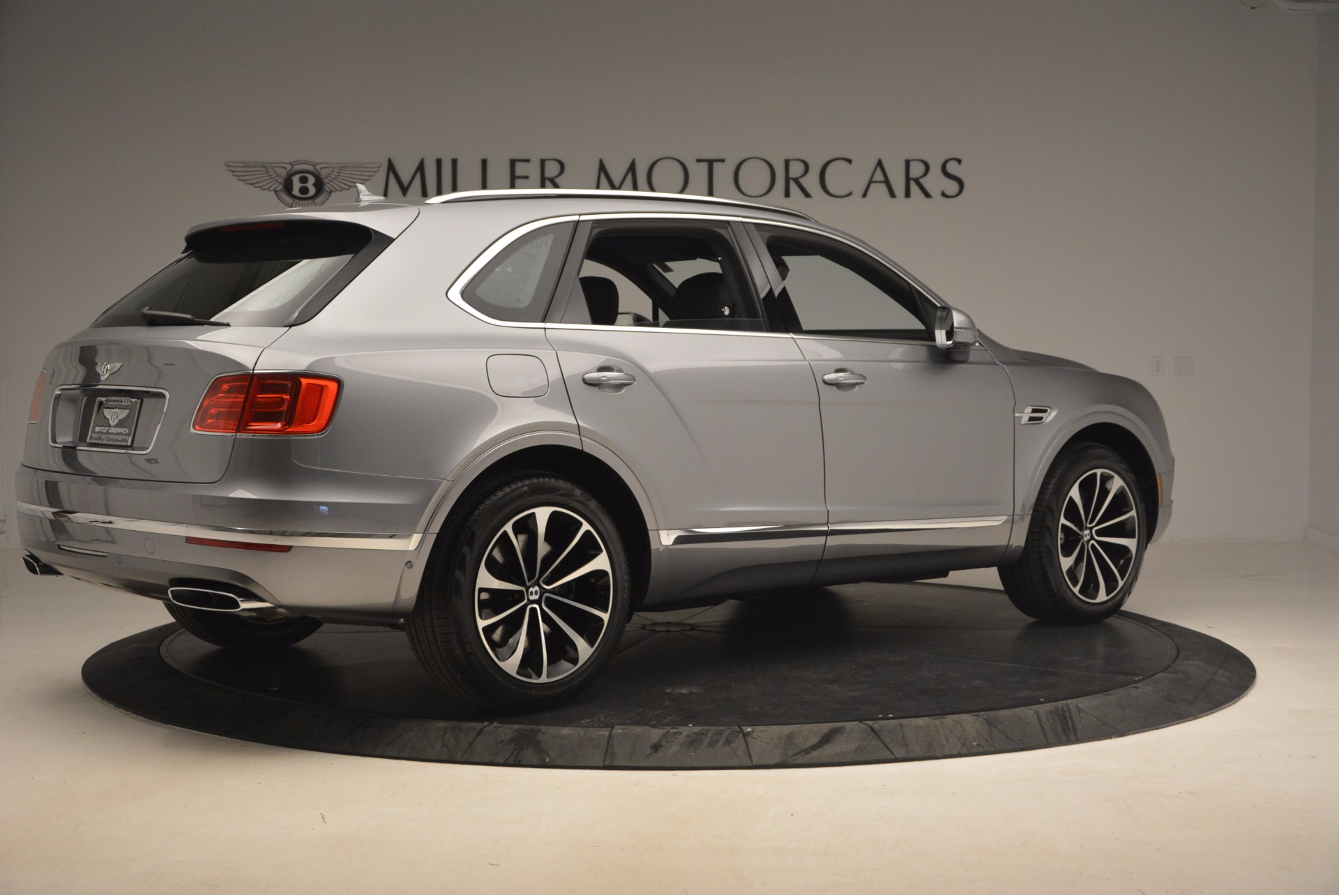 New 2018 Bentley Bentayga Onyx For Sale In Greenwich, CT 1220_p8