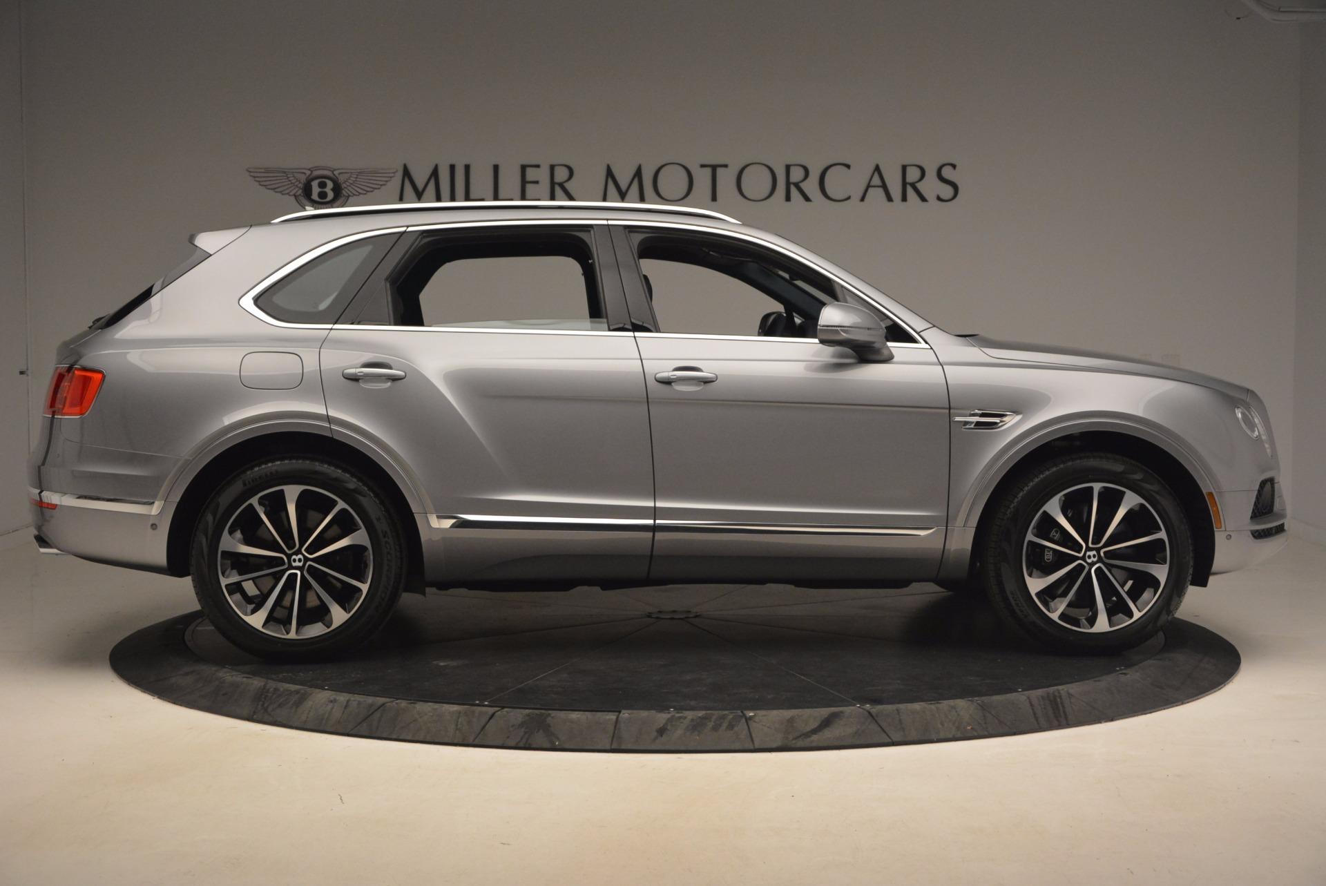 New 2018 Bentley Bentayga Onyx For Sale In Greenwich, CT 1220_p9