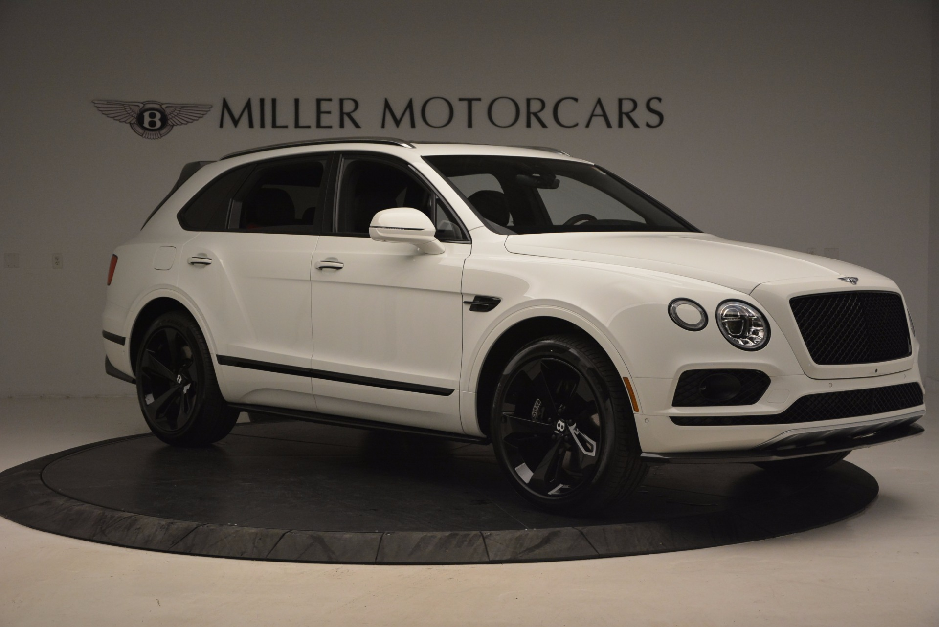 New 2018 Bentley Bentayga Black Edition For Sale In Greenwich, CT 1221_p10