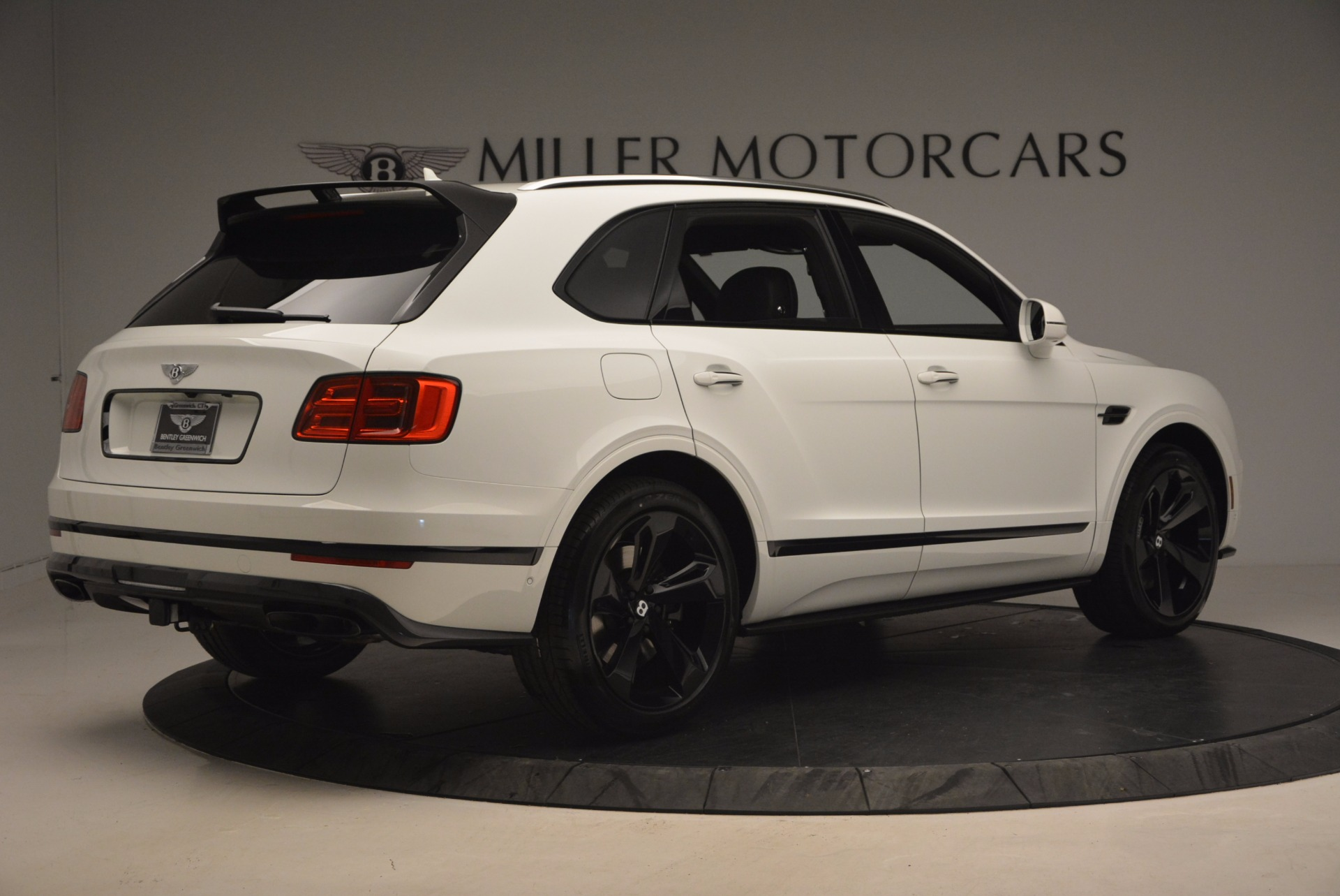New 2018 Bentley Bentayga Black Edition For Sale In Greenwich, CT 1221_p8