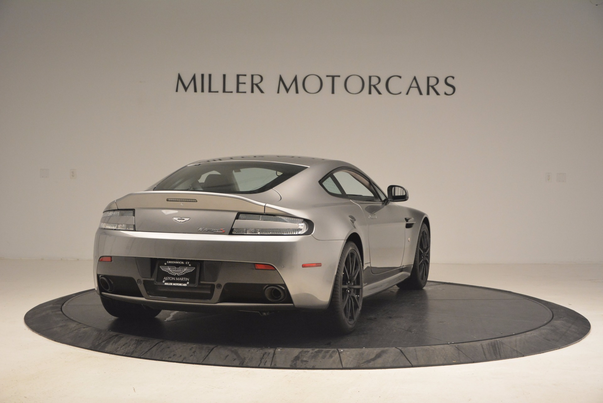 Used 2017 Aston Martin V12 Vantage S  For Sale In Greenwich, CT 1223_p7