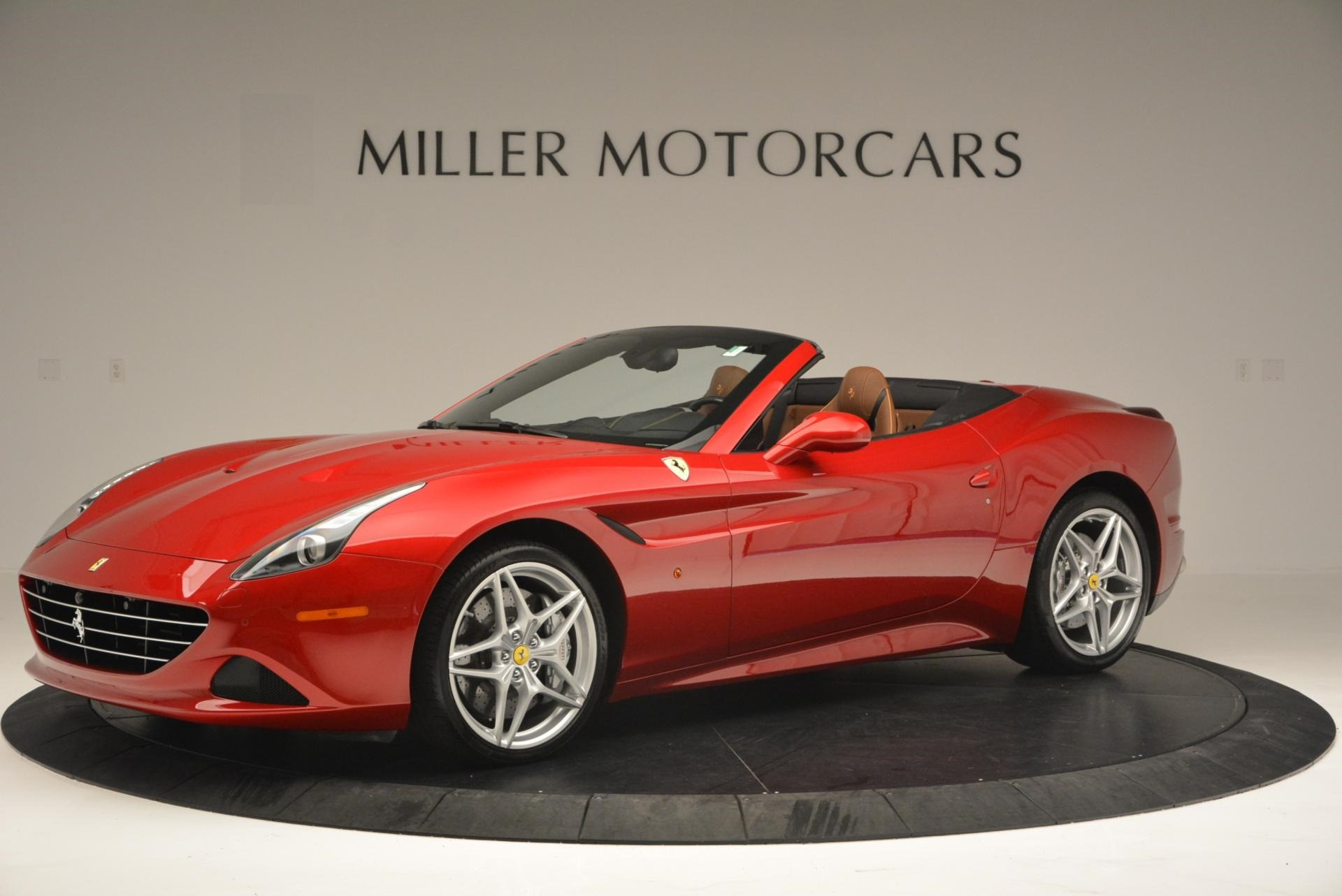 Used 2015 Ferrari California T  For Sale In Greenwich, CT 123_p2