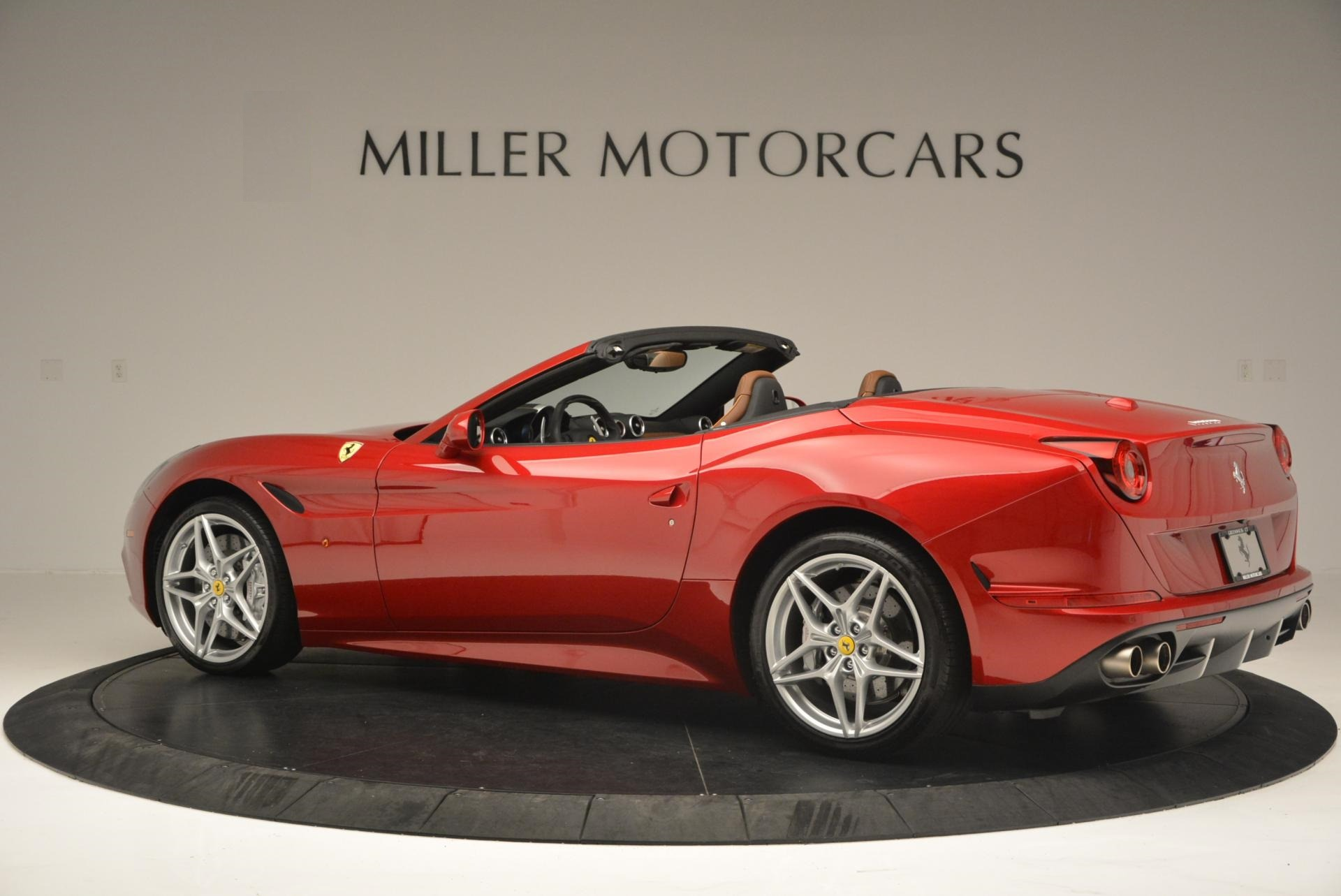Used 2015 Ferrari California T  For Sale In Greenwich, CT 123_p4