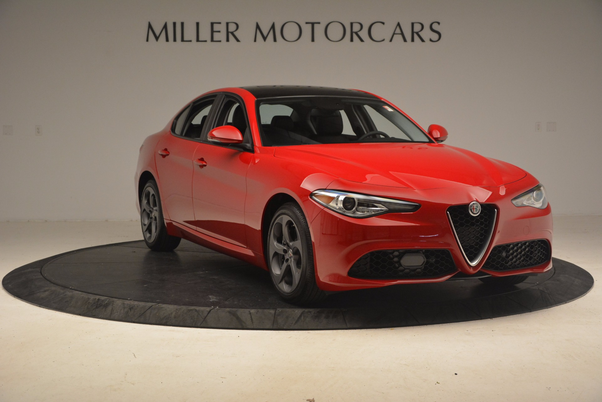 New 2017 Alfa Romeo Giulia Ti Sport Q4 For Sale In Greenwich, CT 1232_p10