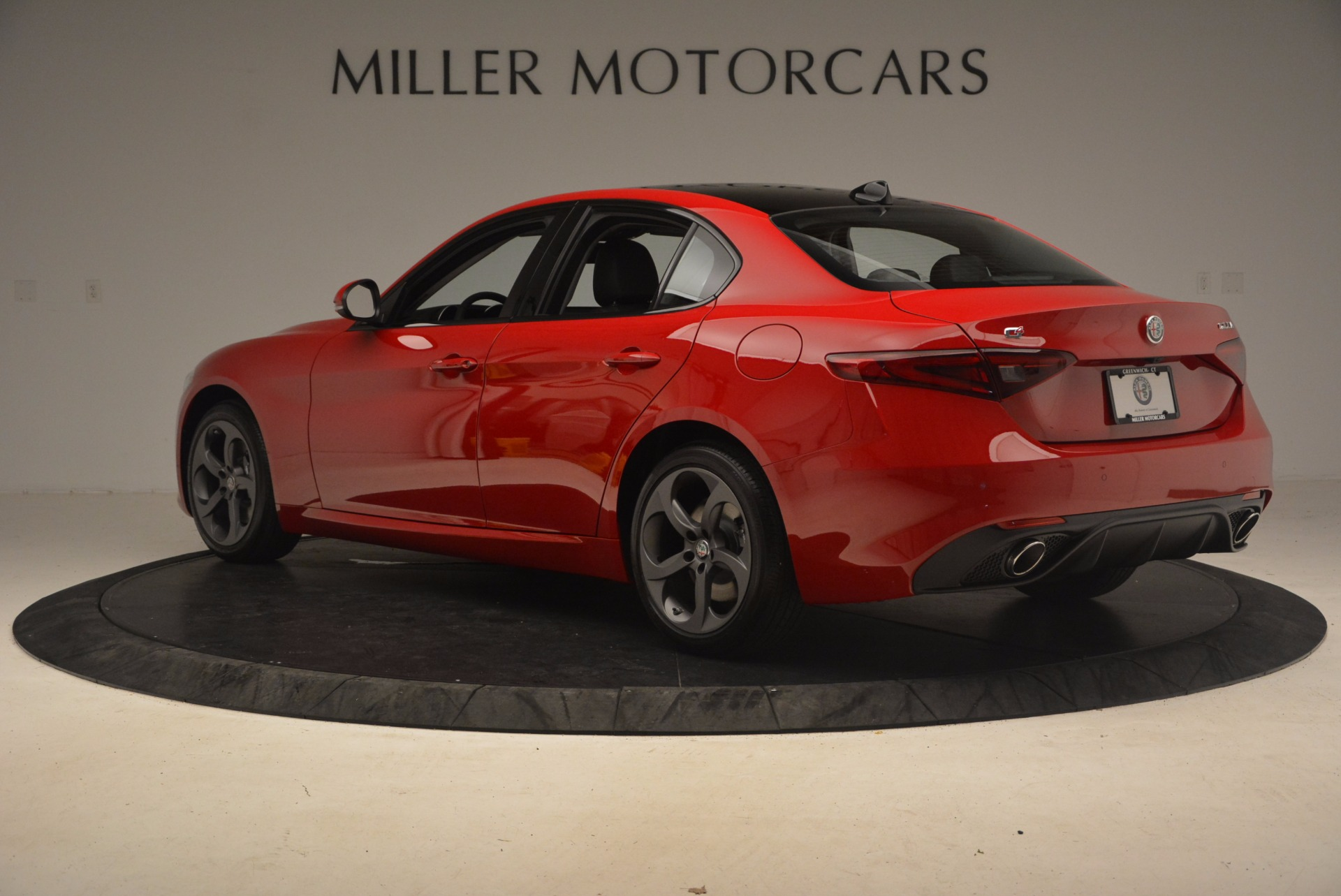 New 2017 Alfa Romeo Giulia Ti Sport Q4 For Sale In Greenwich, CT 1232_p4