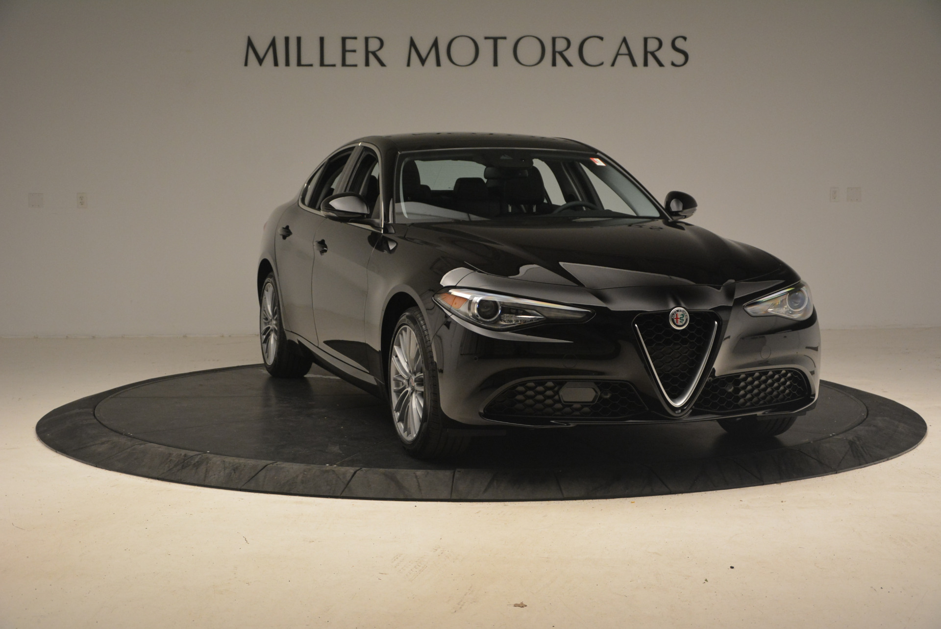 New 2017 Alfa Romeo Giulia Ti Q4 For Sale In Greenwich, CT 1233_p11