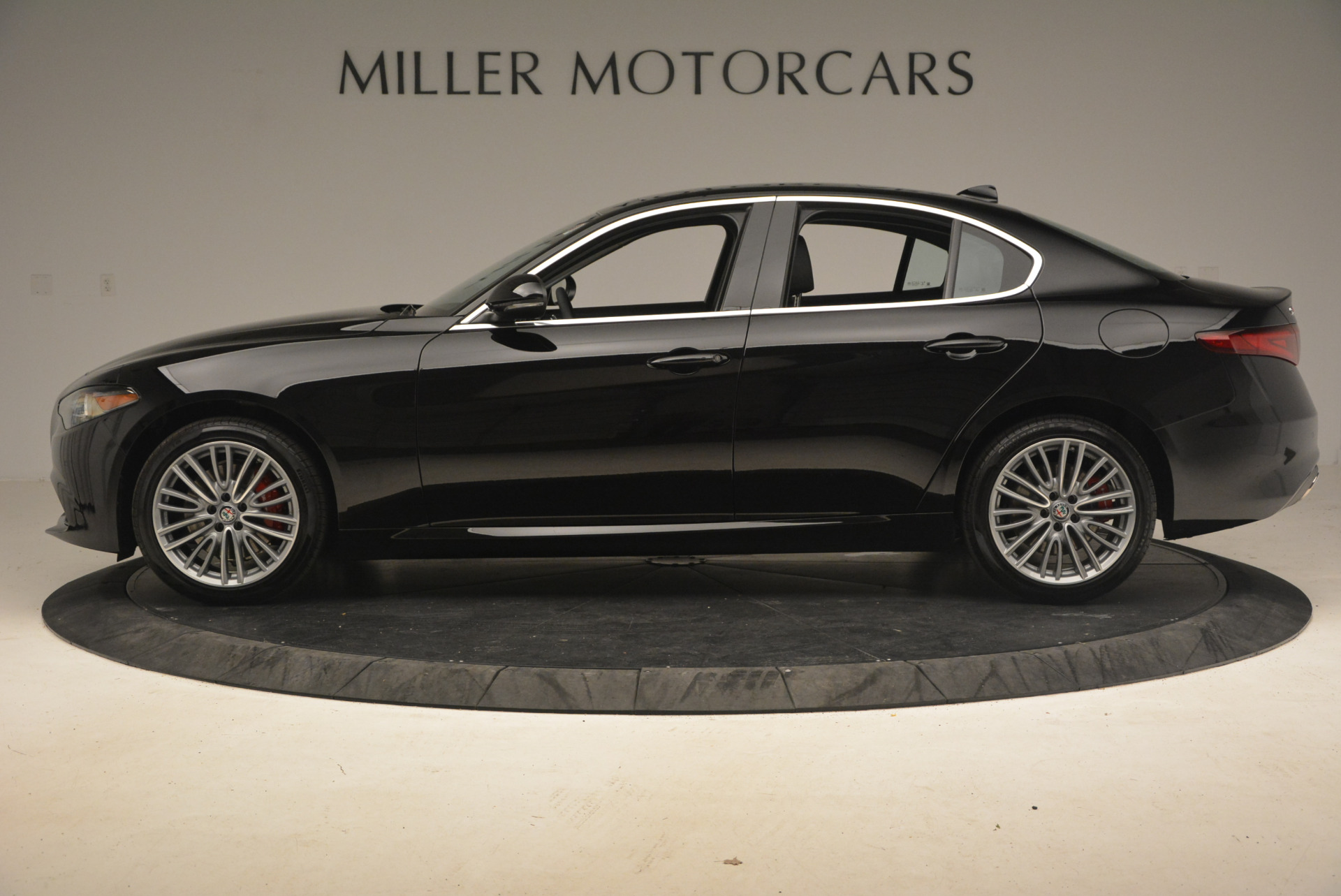 New 2017 Alfa Romeo Giulia Ti Q4 For Sale In Greenwich, CT 1233_p3
