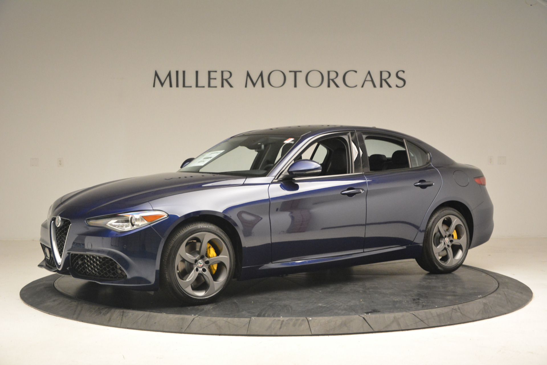 New 2017 Alfa Romeo Giulia Sport Q4 For Sale In Greenwich, CT 1237_p2