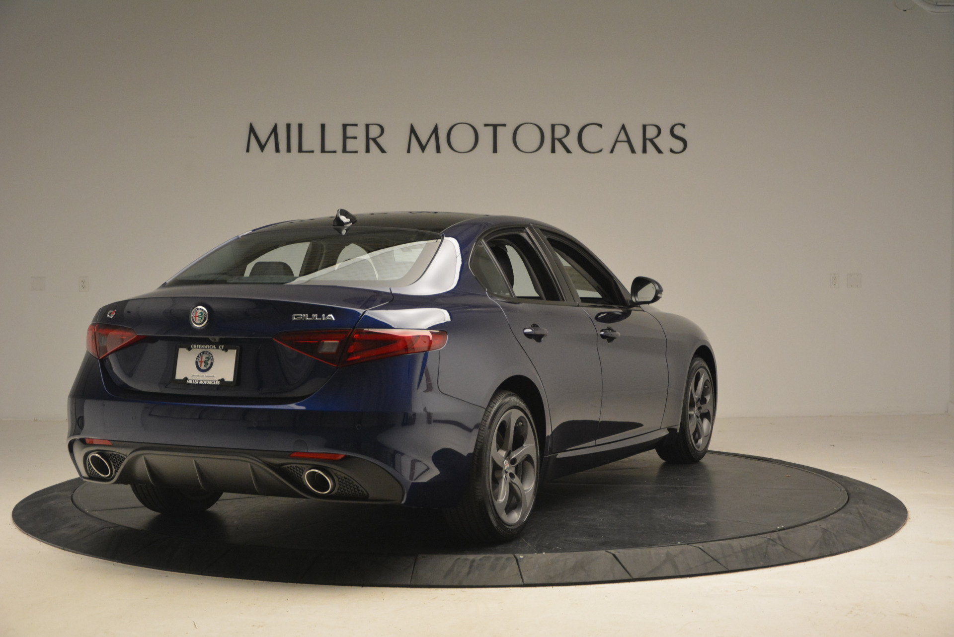New 2017 Alfa Romeo Giulia Sport Q4 For Sale In Greenwich, CT 1237_p7