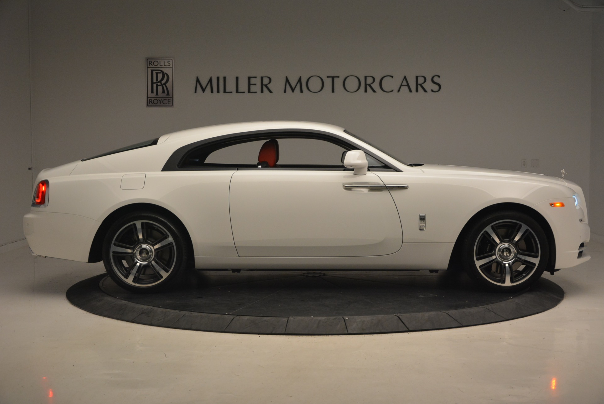 Used 2017 Rolls-Royce Wraith  For Sale In Greenwich, CT 1247_p9