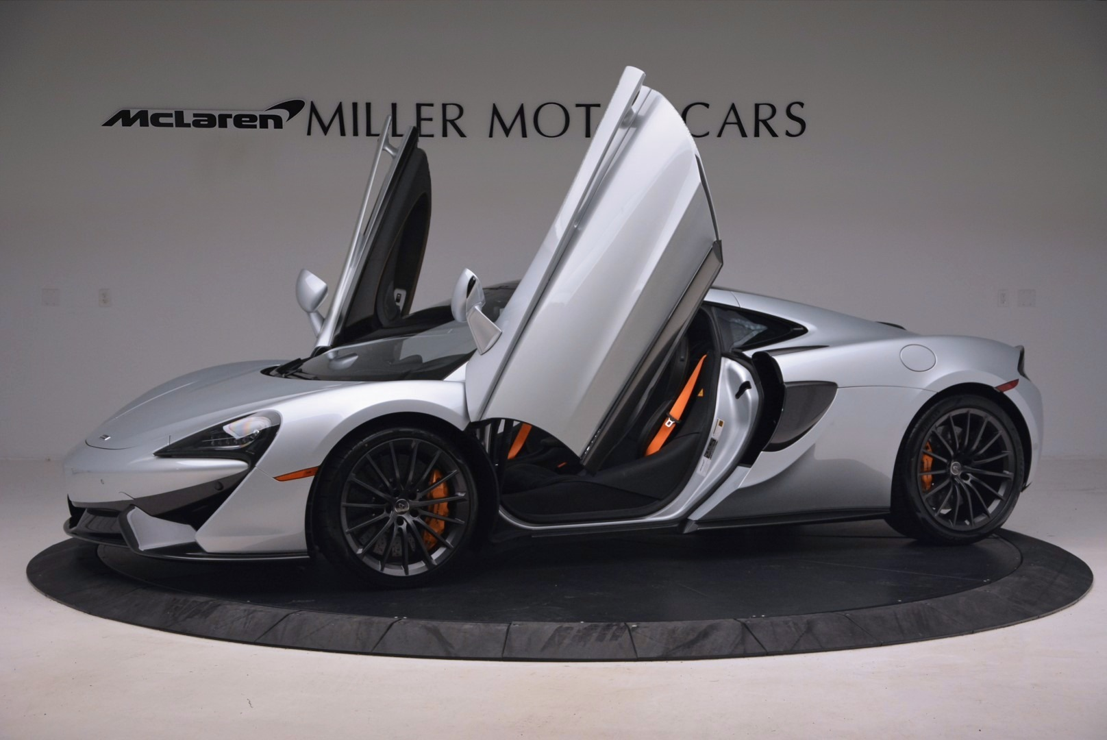 Used 2017 McLaren 570GT  For Sale In Greenwich, CT 1254_p14