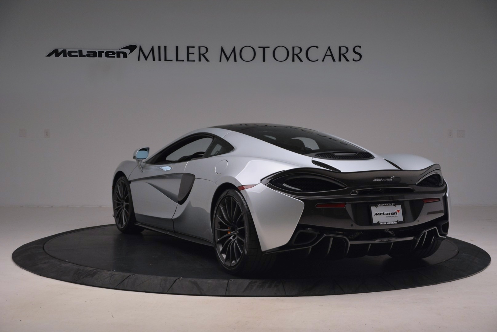 Used 2017 McLaren 570GT  For Sale In Greenwich, CT 1254_p5