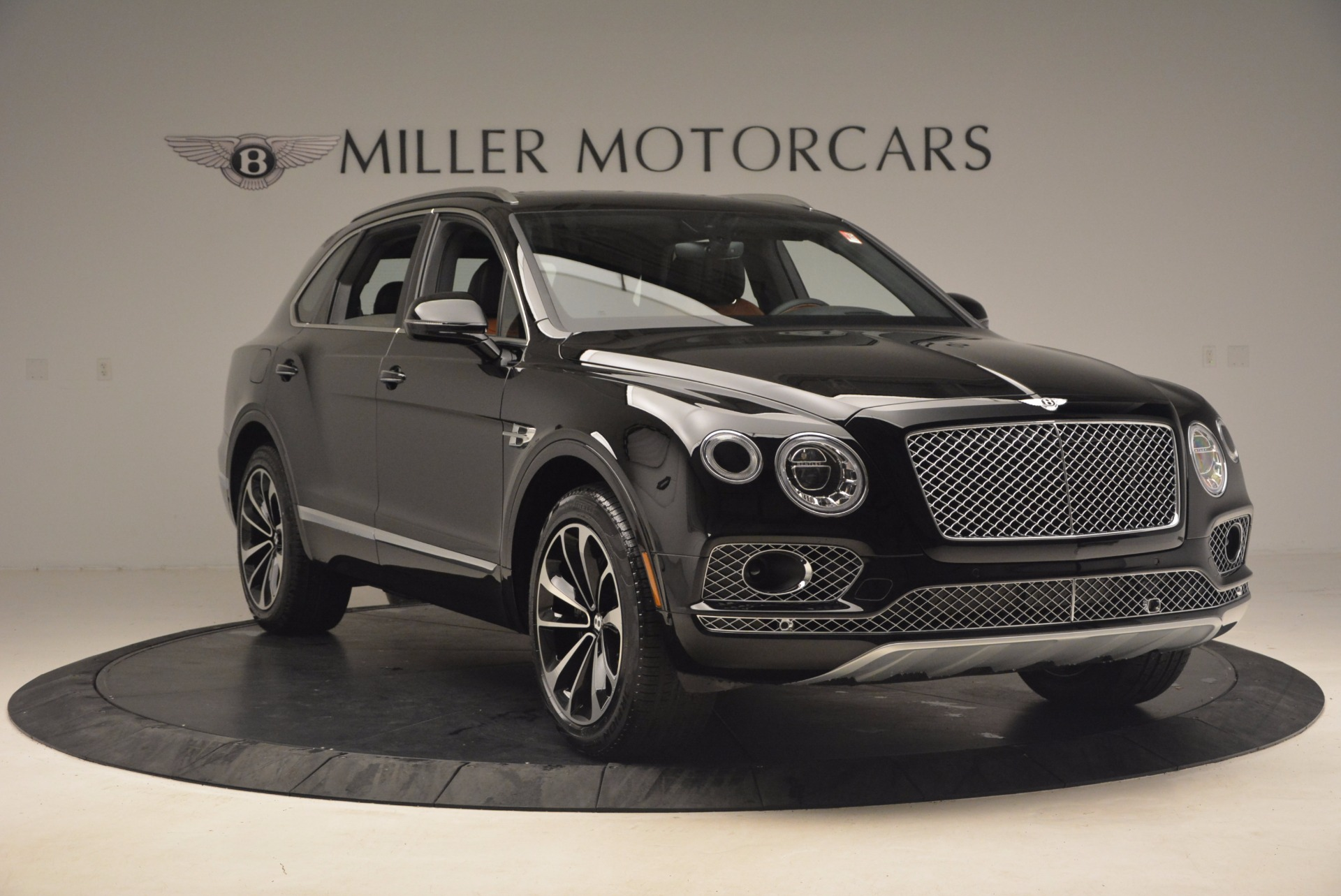 New 2018 Bentley Bentayga Activity Edition-Now with seating for 7!!! For Sale In Greenwich, CT 1255_p11