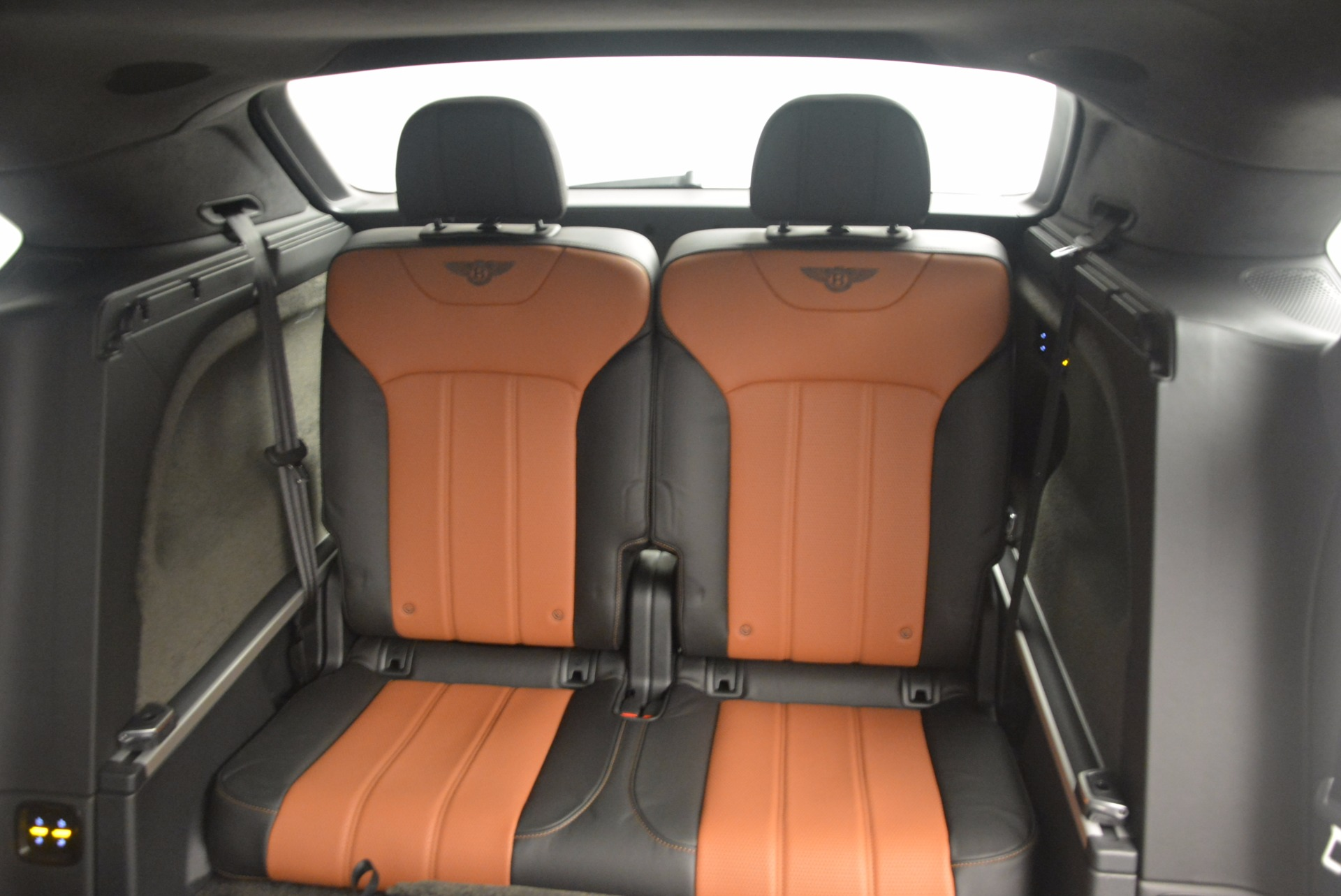 New 2018 Bentley Bentayga Activity Edition-Now with seating for 7!!! For Sale In Greenwich, CT 1255_p33