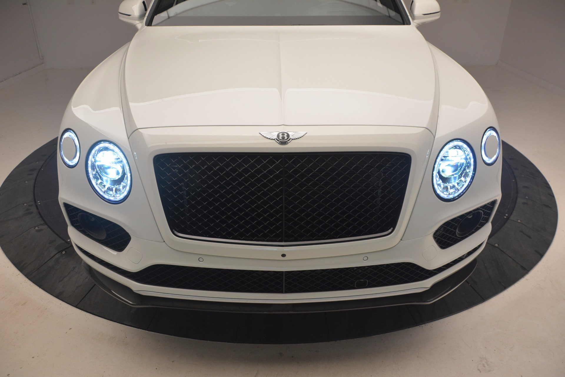 New 2018 Bentley Bentayga Black Edition For Sale In Greenwich, CT 1260_p18