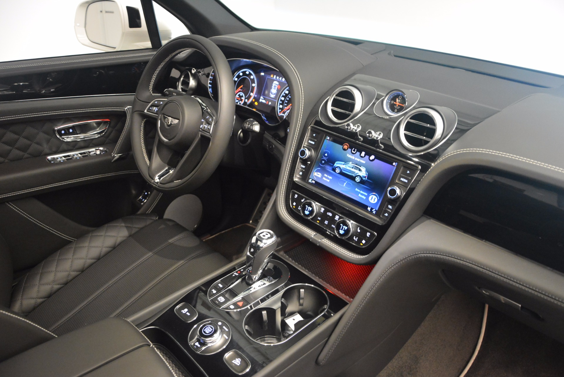 New 2018 Bentley Bentayga Black Edition For Sale In Greenwich, CT 1260_p45