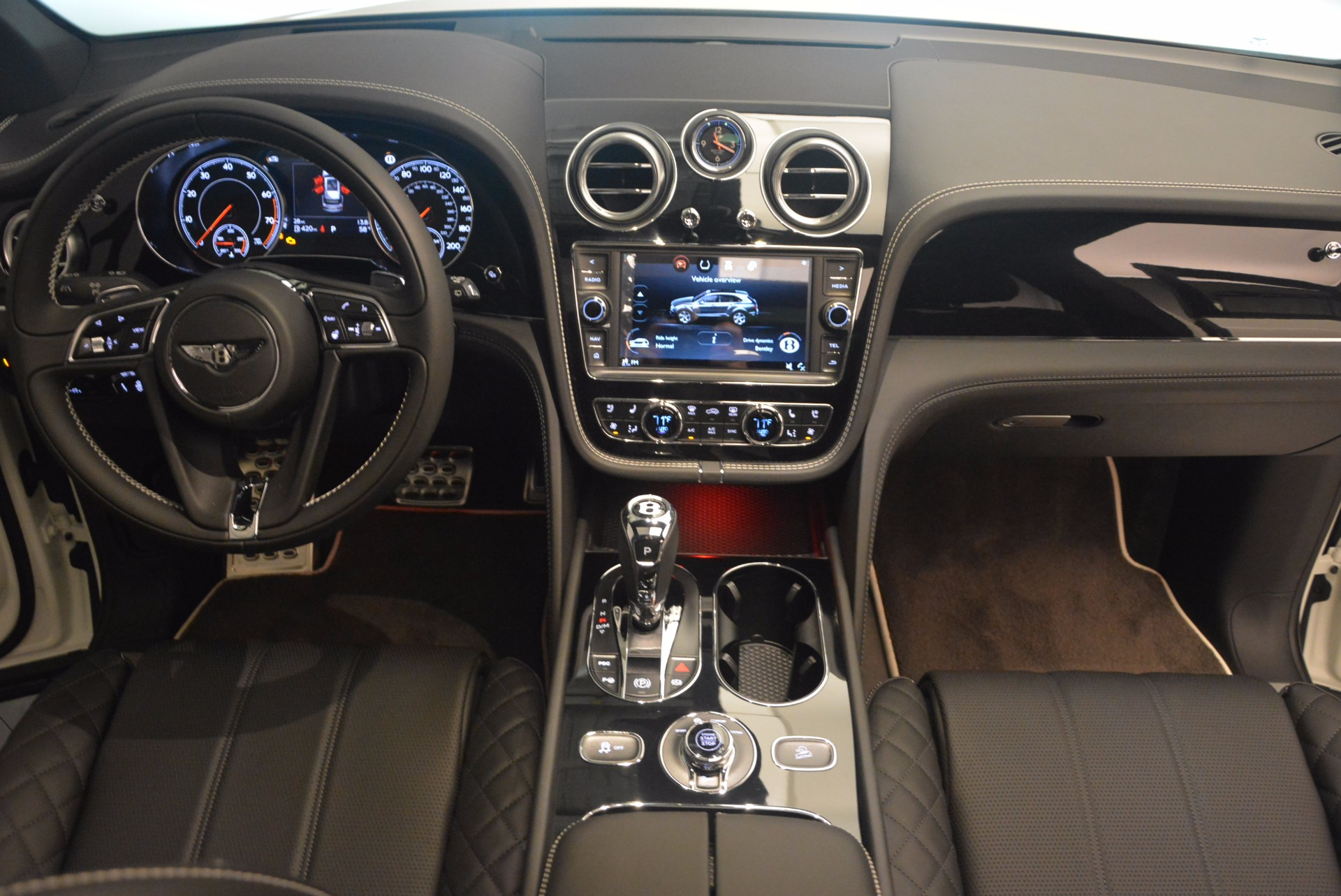New 2018 Bentley Bentayga Black Edition For Sale In Greenwich, CT 1260_p50