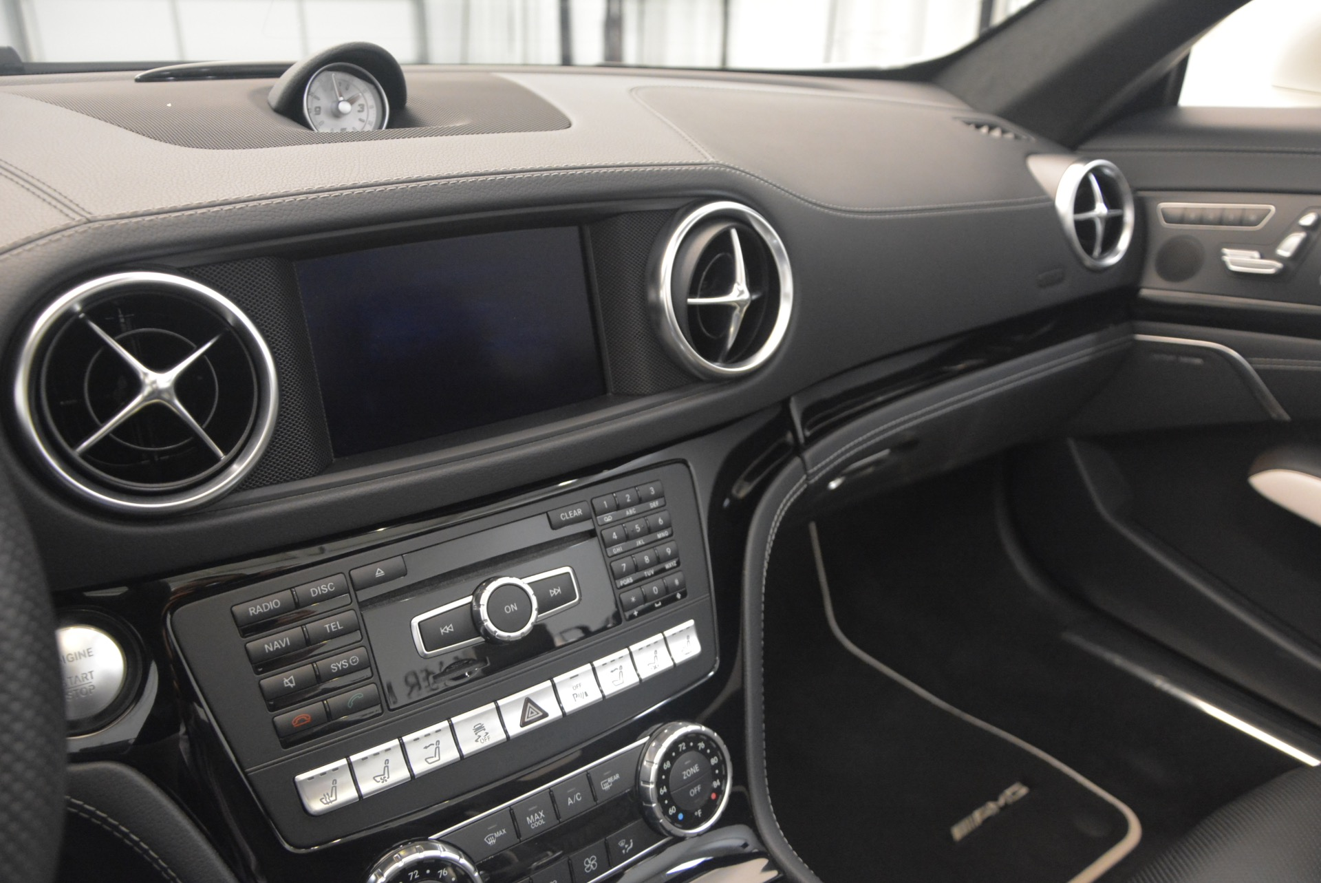 Used 2015 Mercedes Benz SL-Class SL 550 For Sale In Greenwich, CT 1261_p34