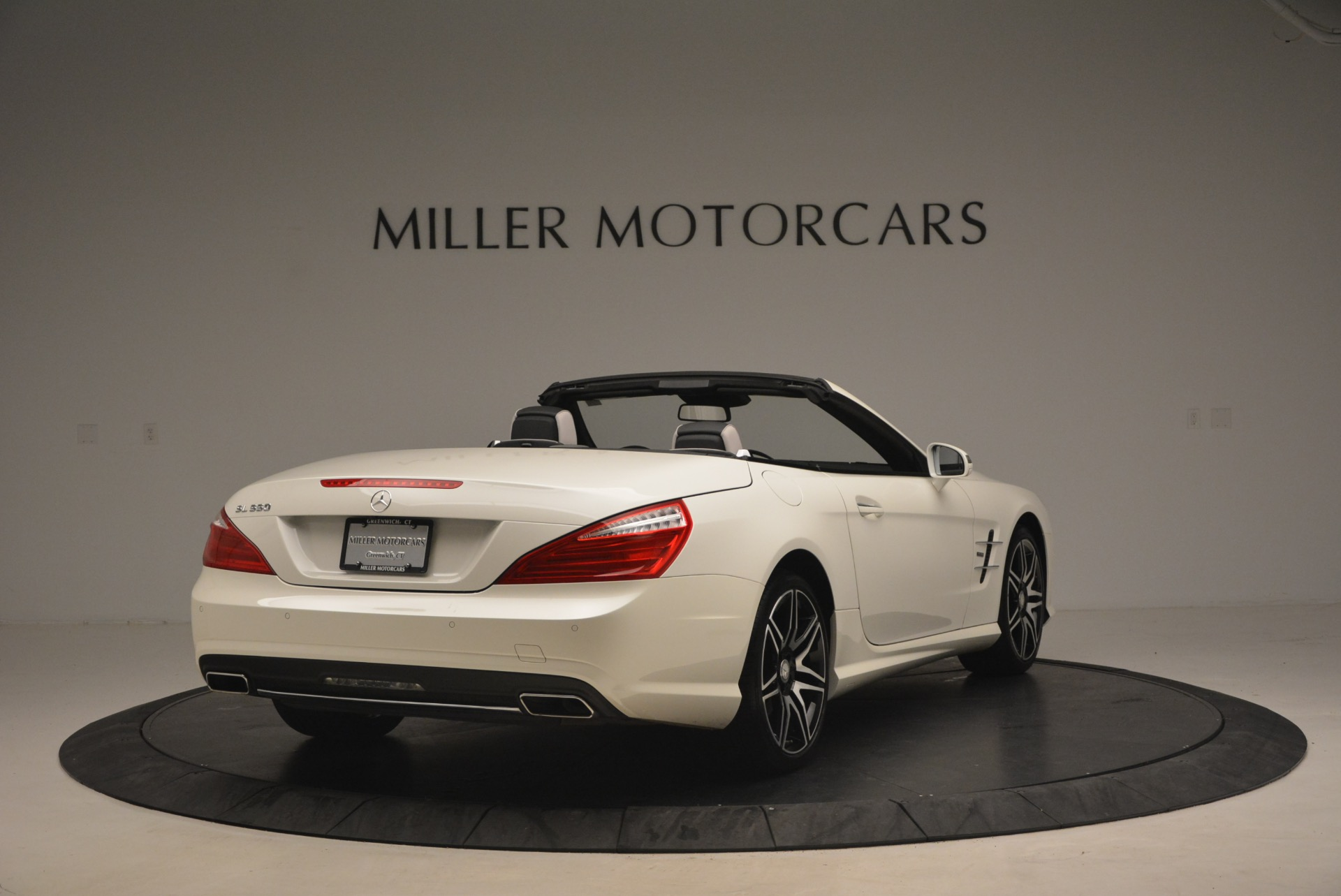 Used 2015 Mercedes Benz SL-Class SL 550 For Sale In Greenwich, CT 1261_p7