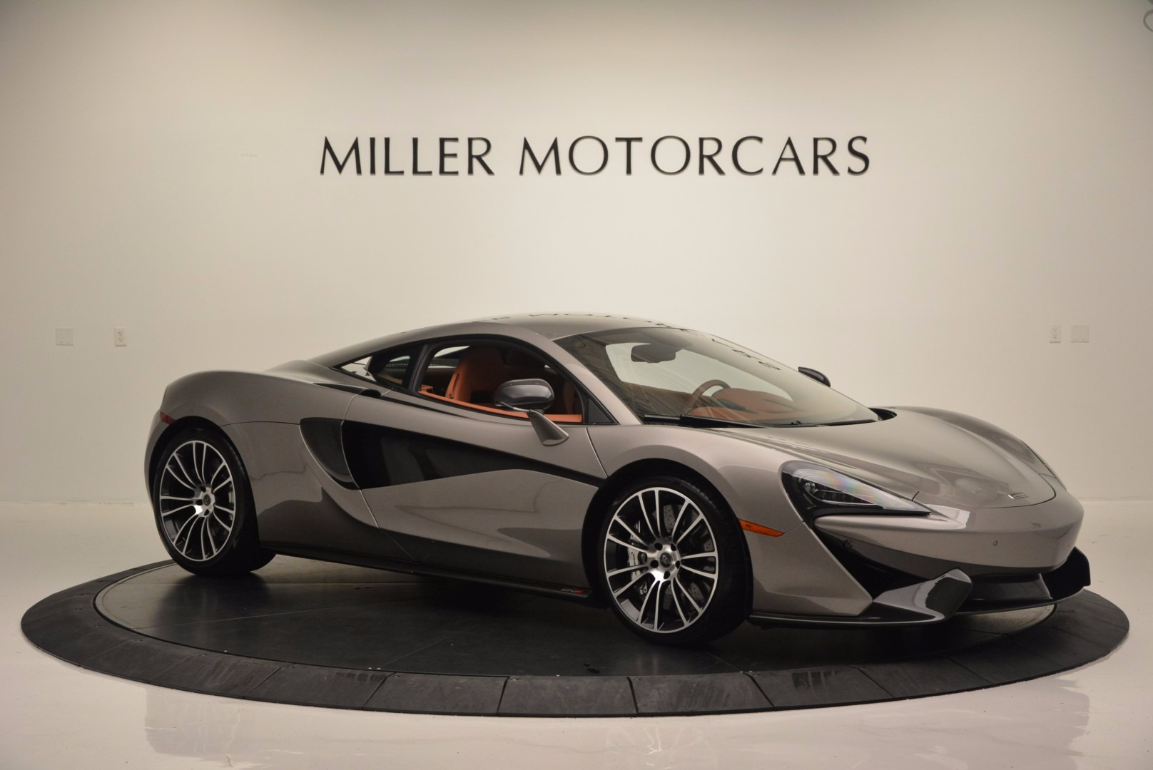 Used 2016 McLaren 570S  For Sale In Greenwich, CT 1267_p10