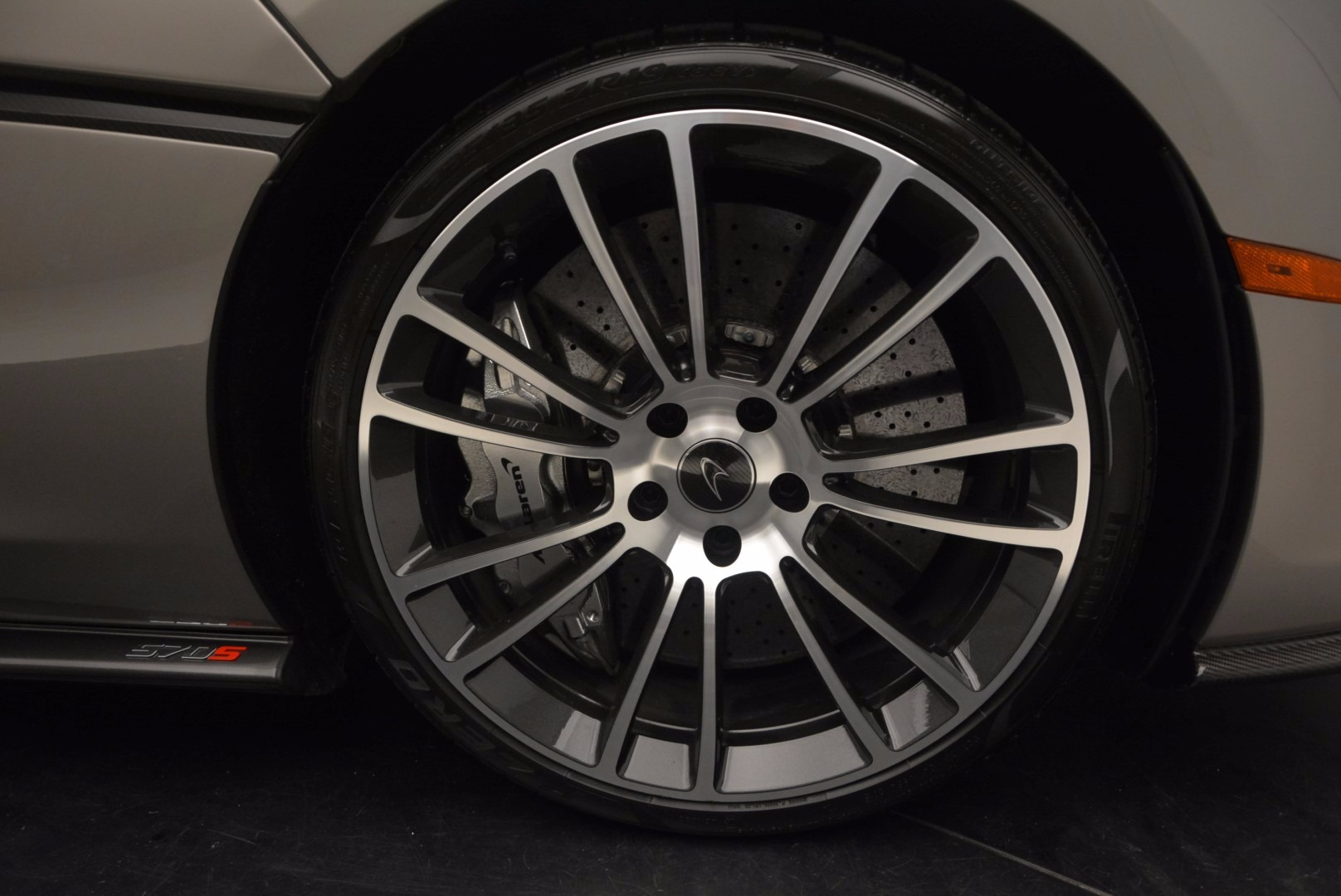 Used 2016 McLaren 570S  For Sale In Greenwich, CT 1267_p21