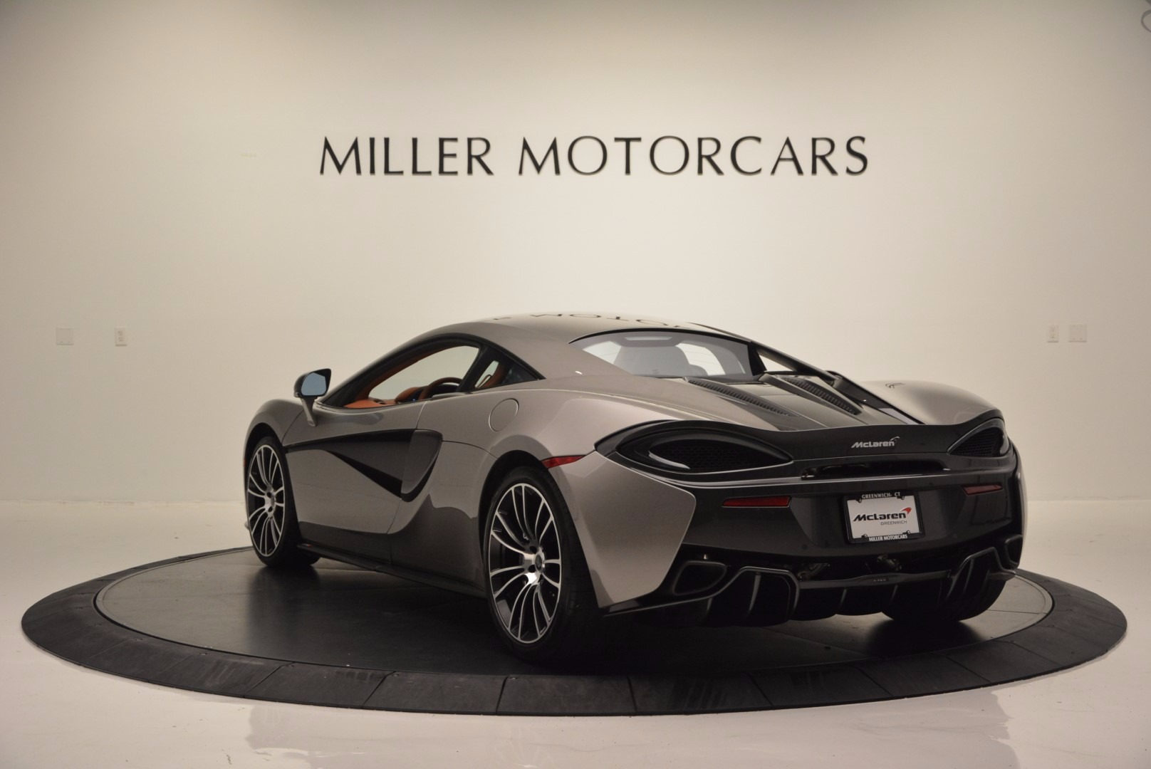 Used 2016 McLaren 570S  For Sale In Greenwich, CT 1267_p5