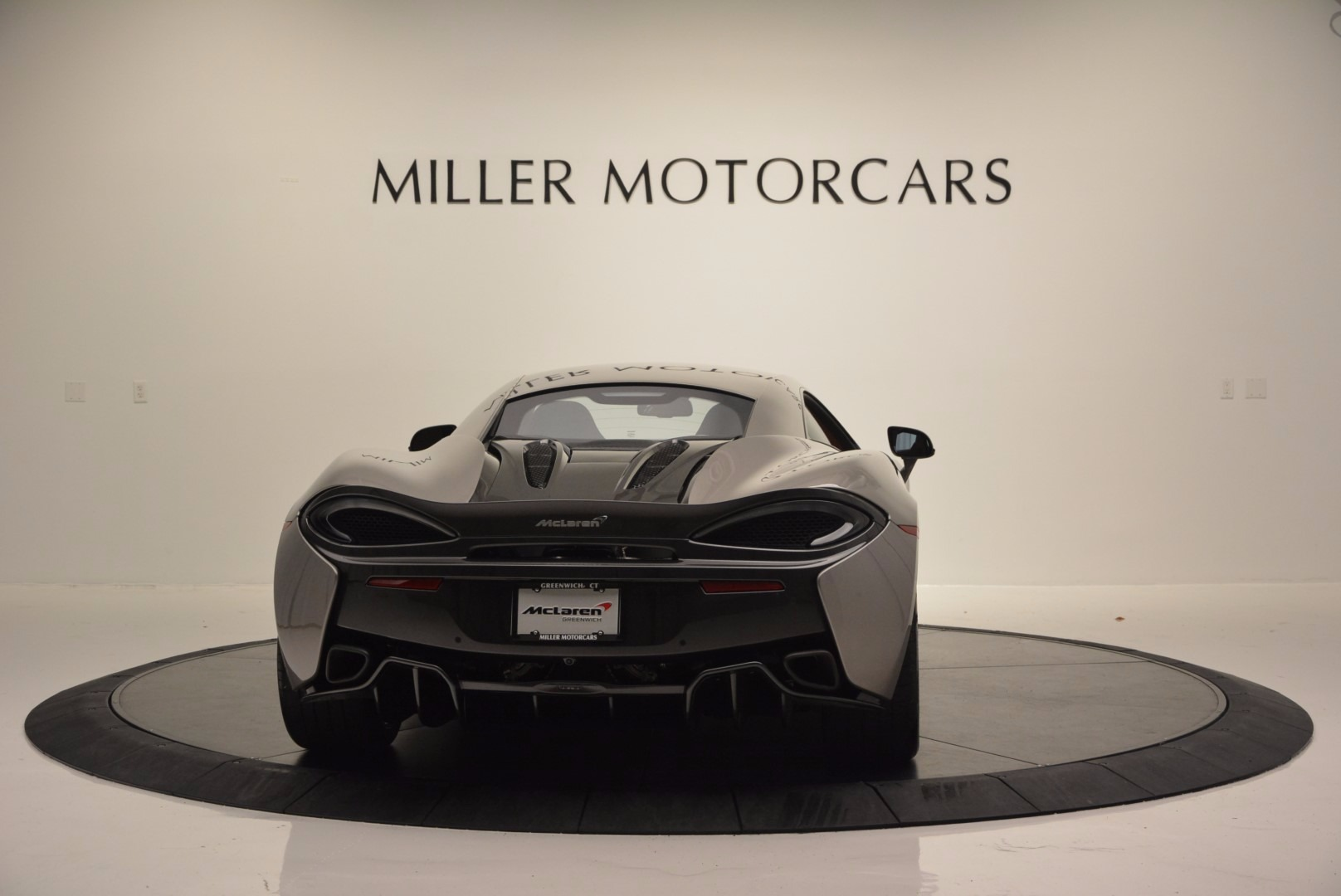 Used 2016 McLaren 570S  For Sale In Greenwich, CT 1267_p6