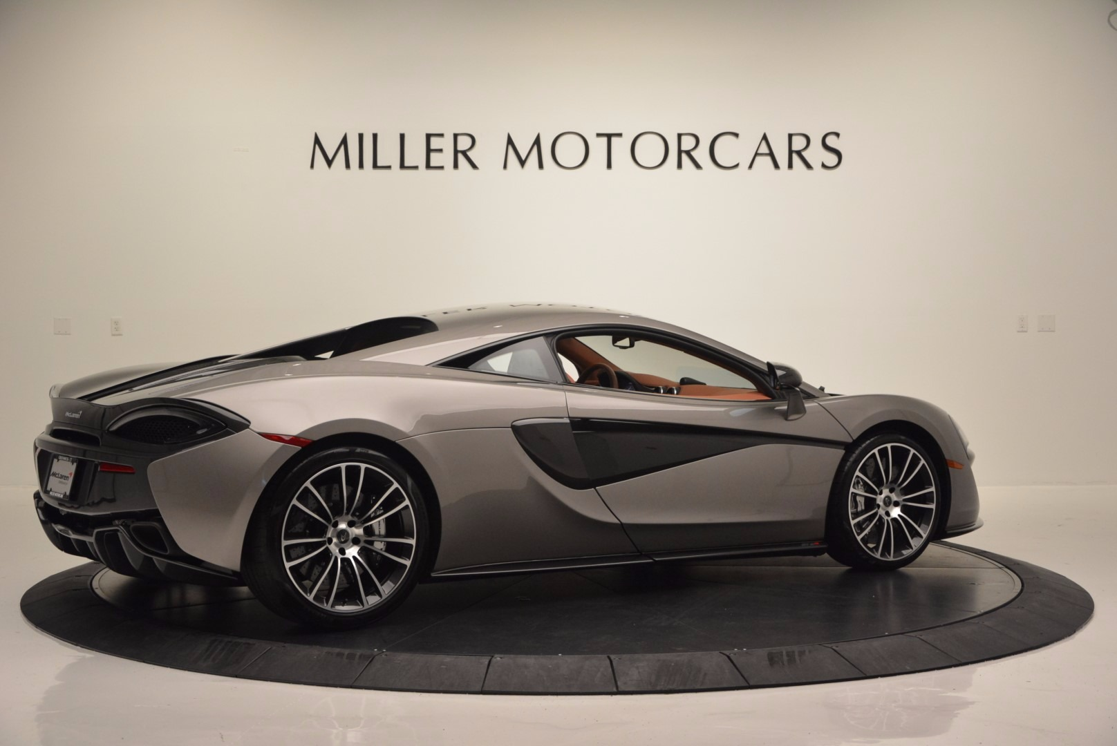 Used 2016 McLaren 570S  For Sale In Greenwich, CT 1267_p8