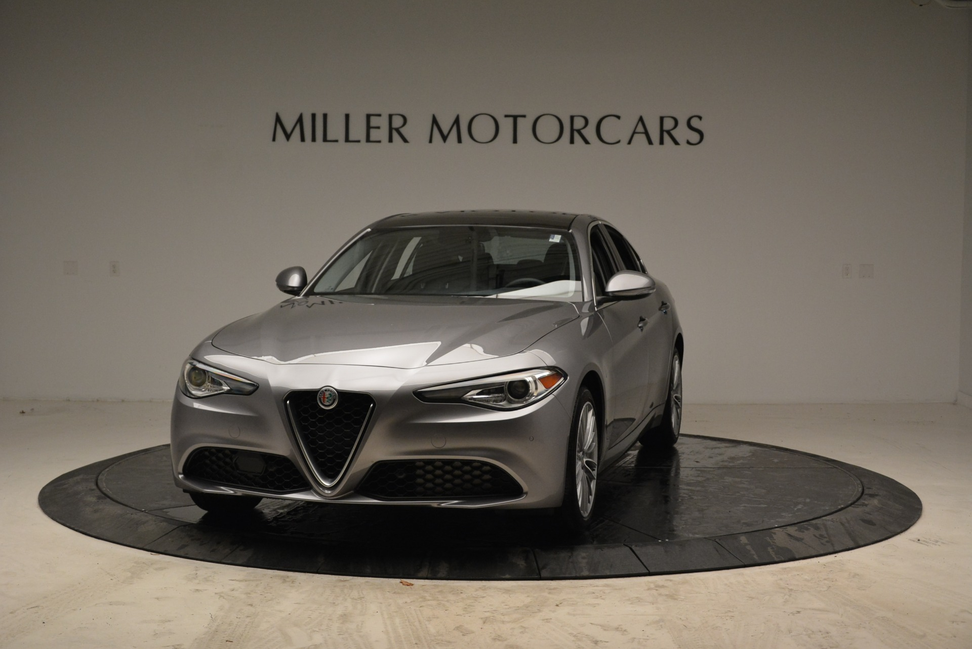 New 2017 Alfa Romeo Giulia Ti Lusso Q4 For Sale In Greenwich, CT 1270_main