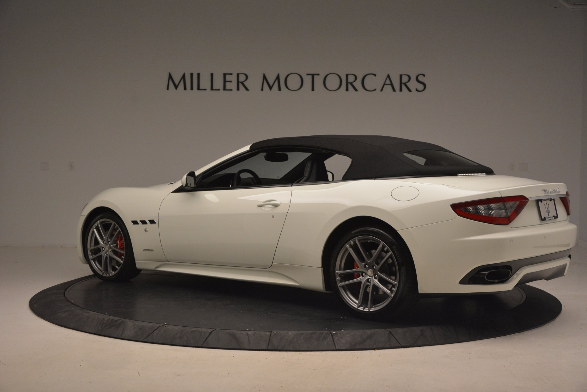 Used 2016 Maserati GranTurismo Sport For Sale In Greenwich, CT 1278_p17