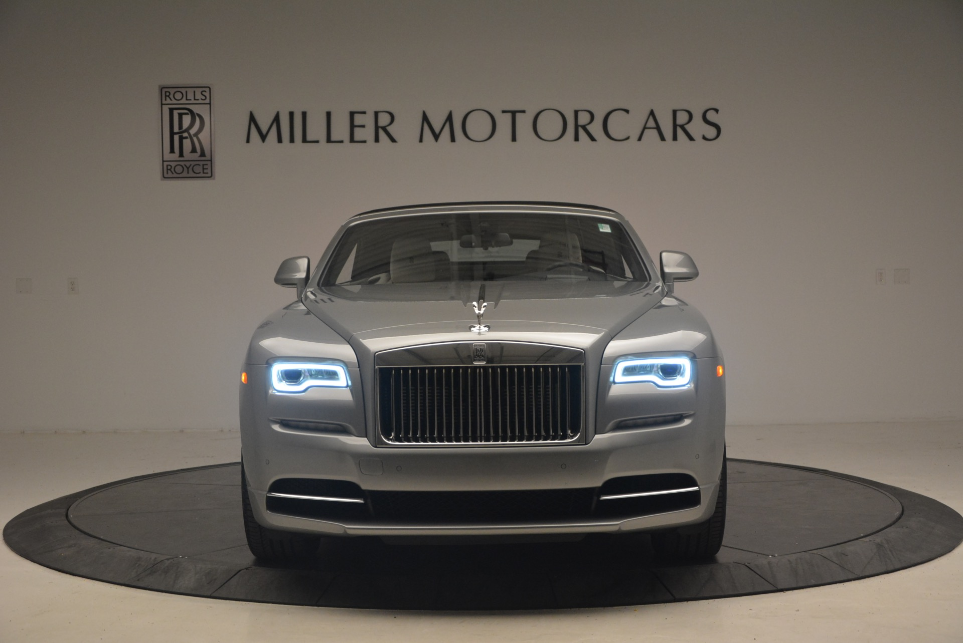 Used 2016 Rolls-Royce Dawn  For Sale In Greenwich, CT 1283_p13
