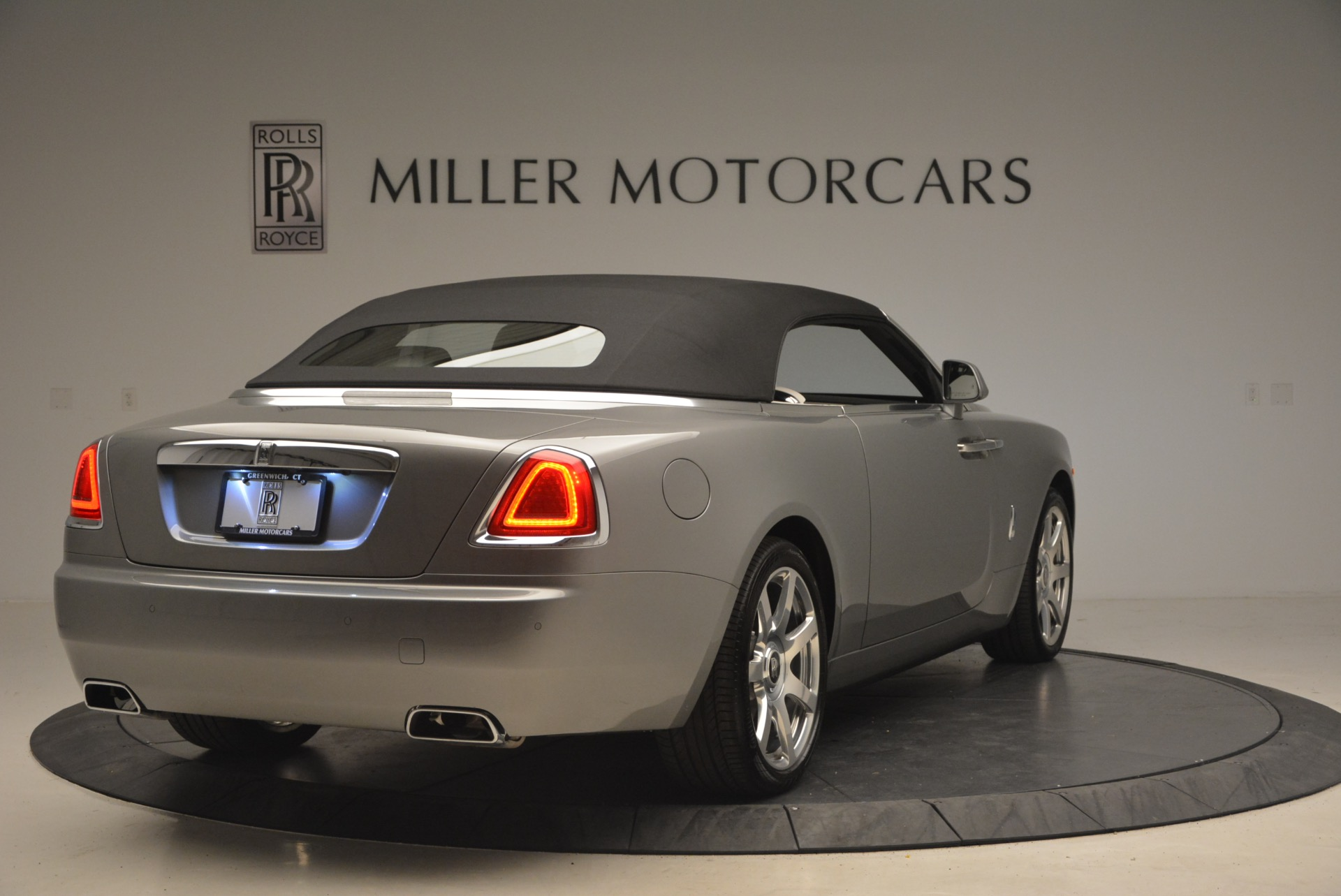 Used 2016 Rolls-Royce Dawn  For Sale In Greenwich, CT 1283_p20