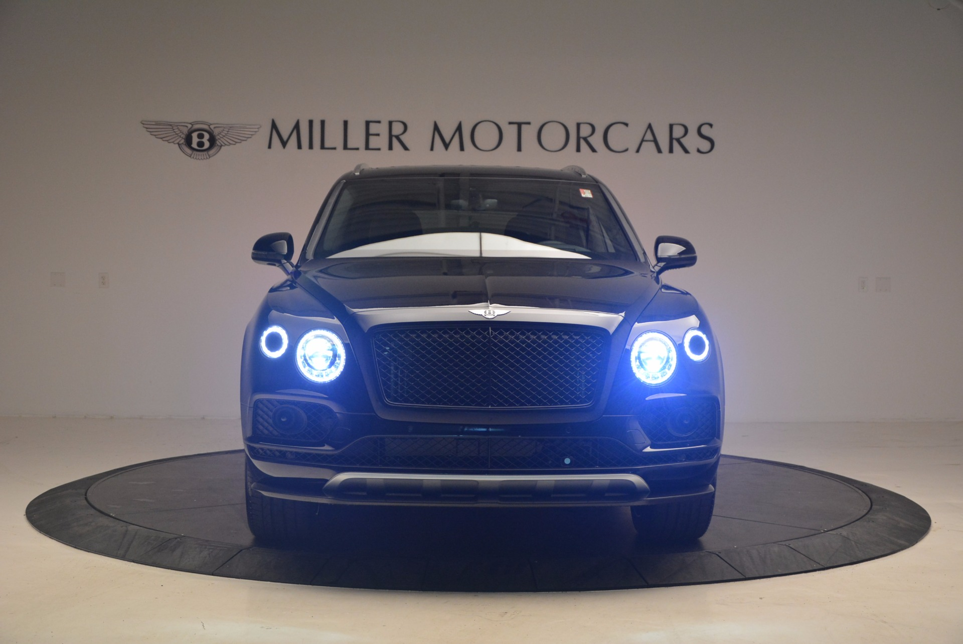 New 2018 Bentley Bentayga Black Edition For Sale In Greenwich, CT 1287_p13