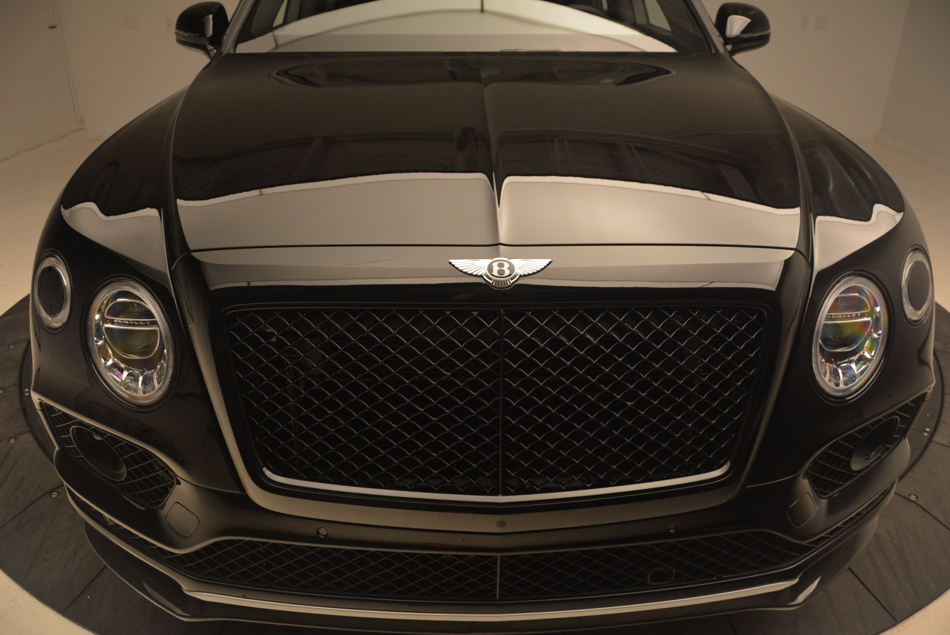 New 2018 Bentley Bentayga Black Edition For Sale In Greenwich, CT 1287_p14