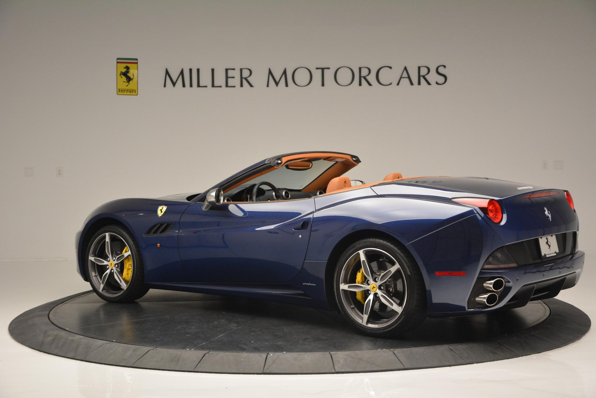 Used 2013 Ferrari California 30  For Sale In Greenwich, CT 129_p4