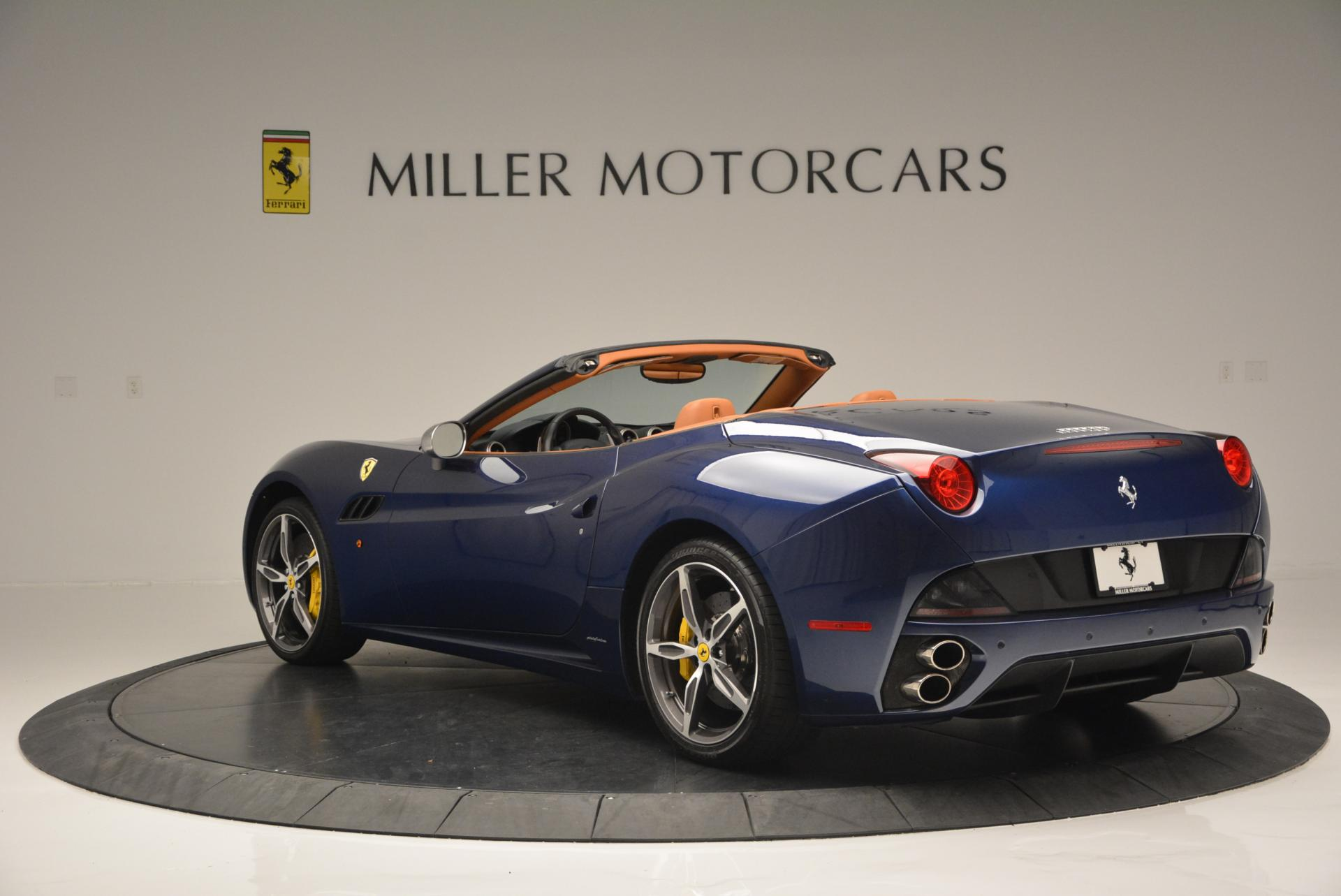 Used 2013 Ferrari California 30  For Sale In Greenwich, CT 129_p5
