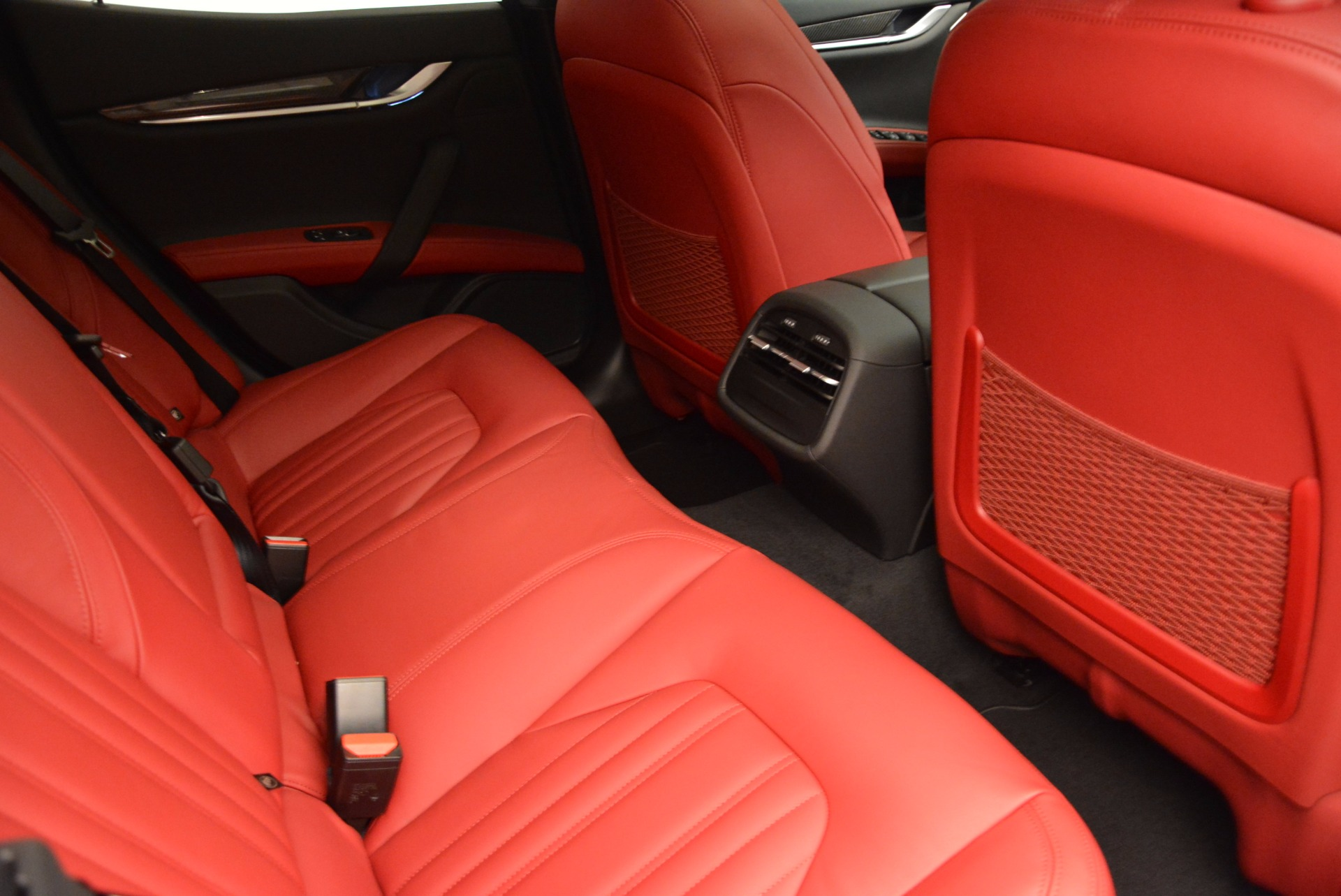Used 2015 Maserati Ghibli S Q4 For Sale In Greenwich, CT 1290_p23