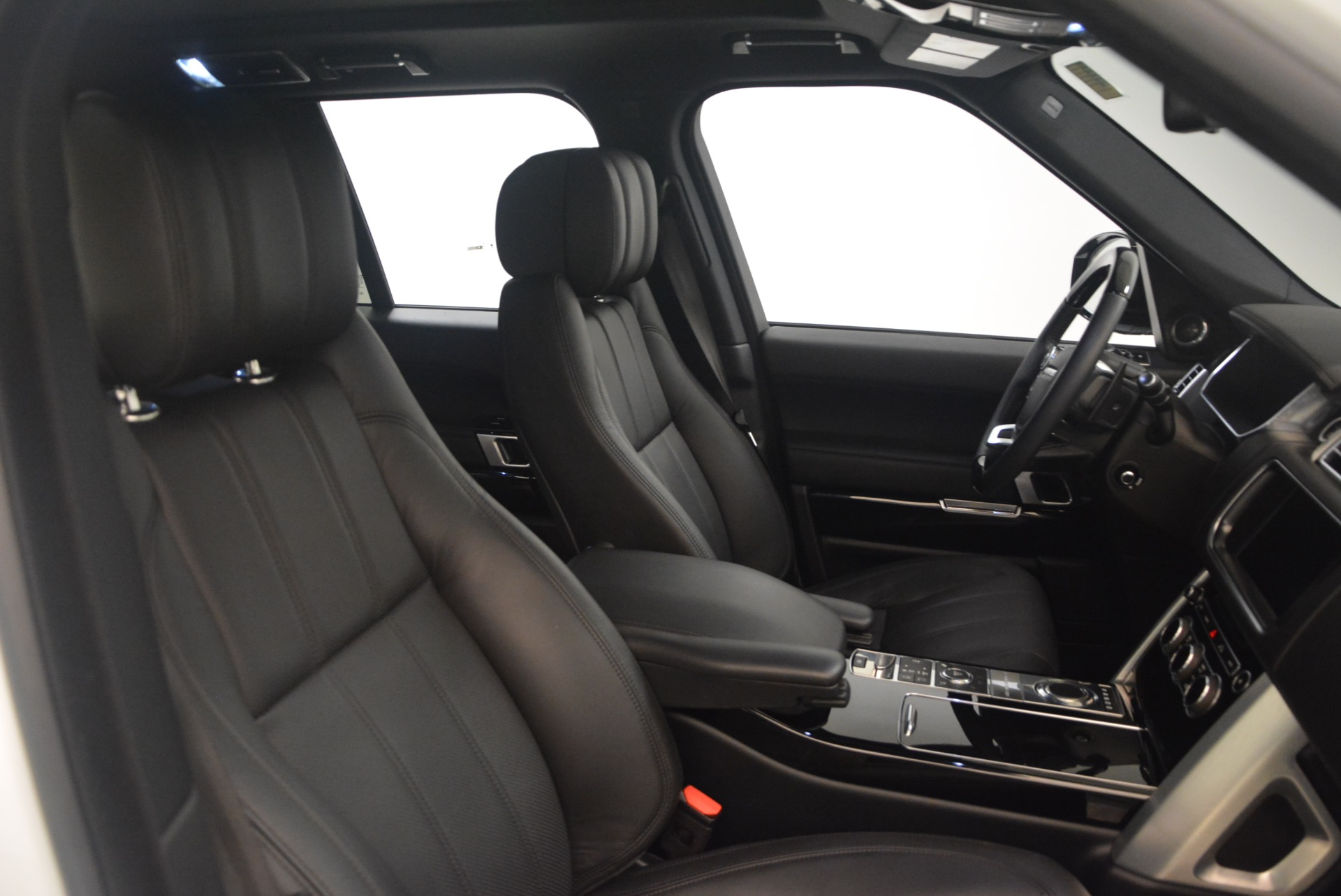 Used 2015 Land Rover Range Rover Supercharged For Sale In Greenwich, CT 1292_p30