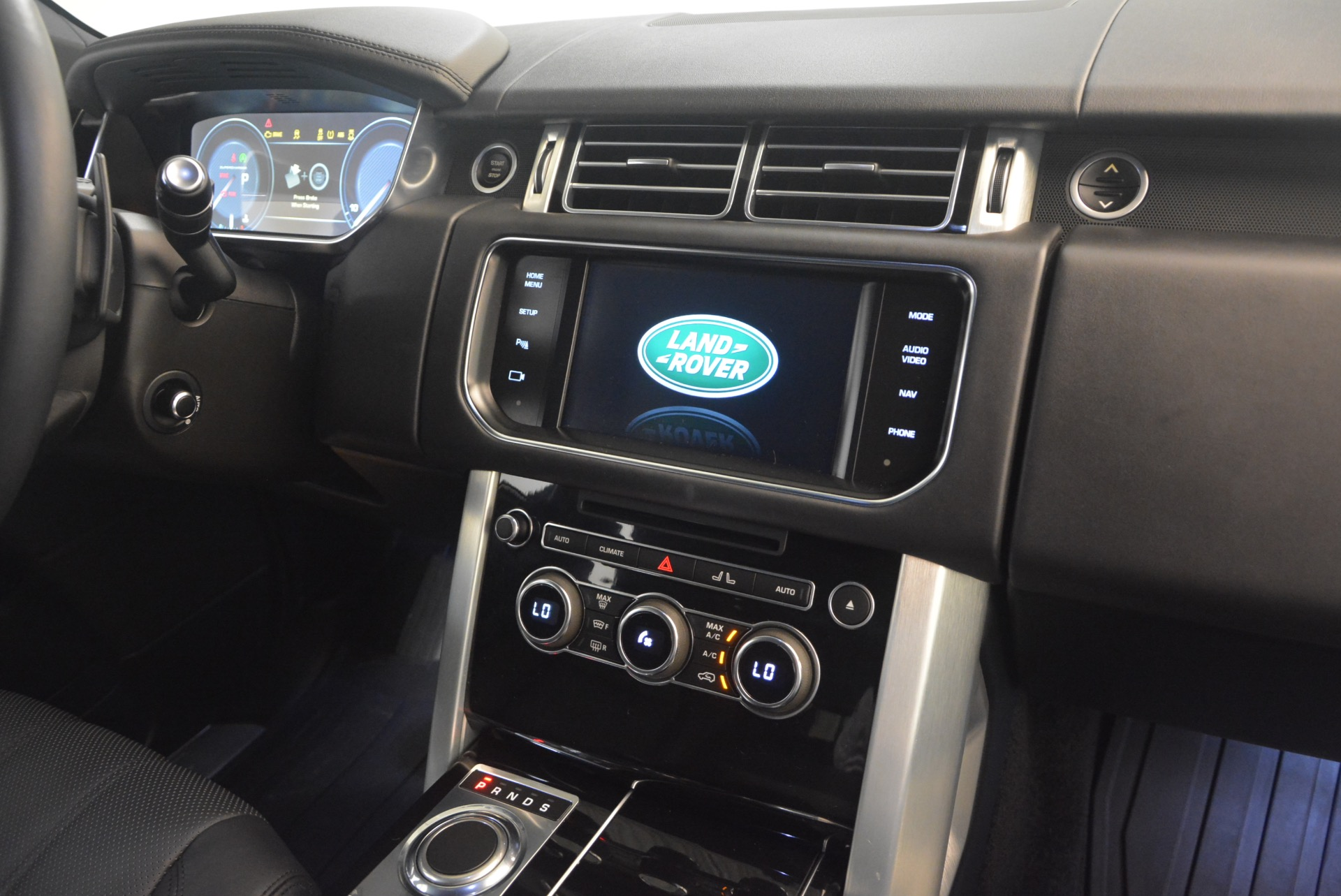 Used 2015 Land Rover Range Rover Supercharged For Sale In Greenwich, CT 1292_p32