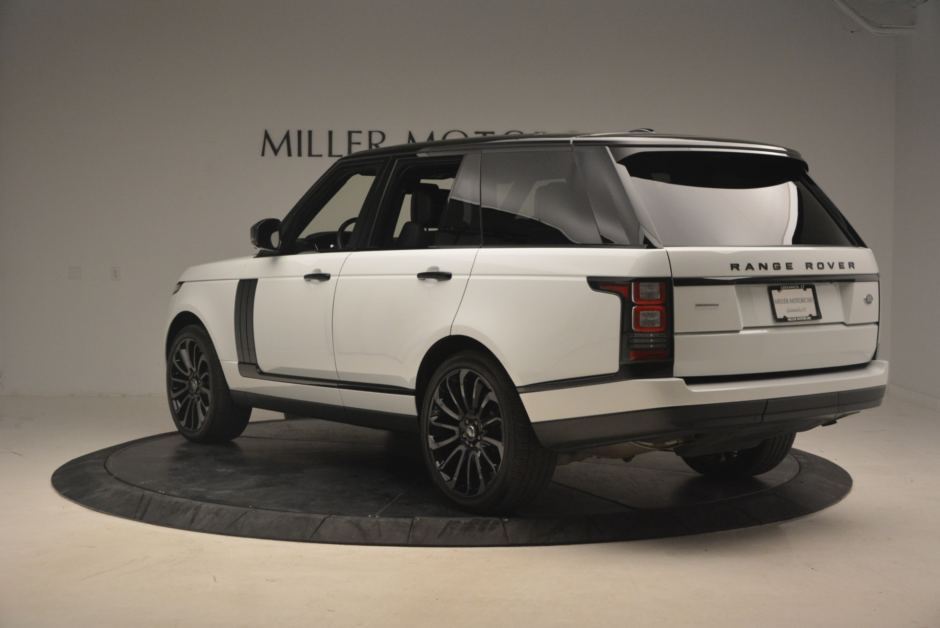 Used 2015 Land Rover Range Rover Supercharged For Sale In Greenwich, CT 1292_p5