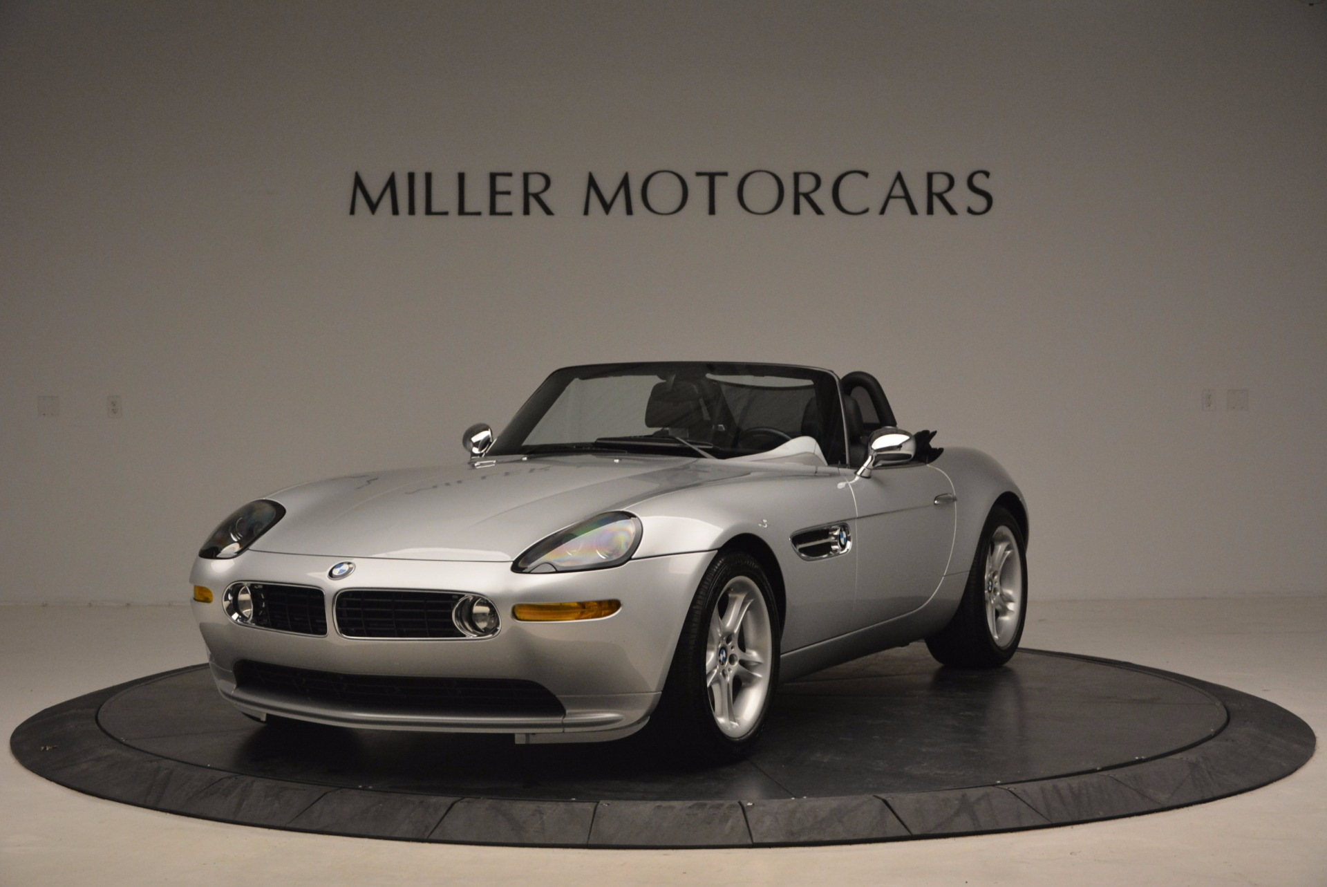 Used 2001 BMW Z8  For Sale In Greenwich, CT 1293_main