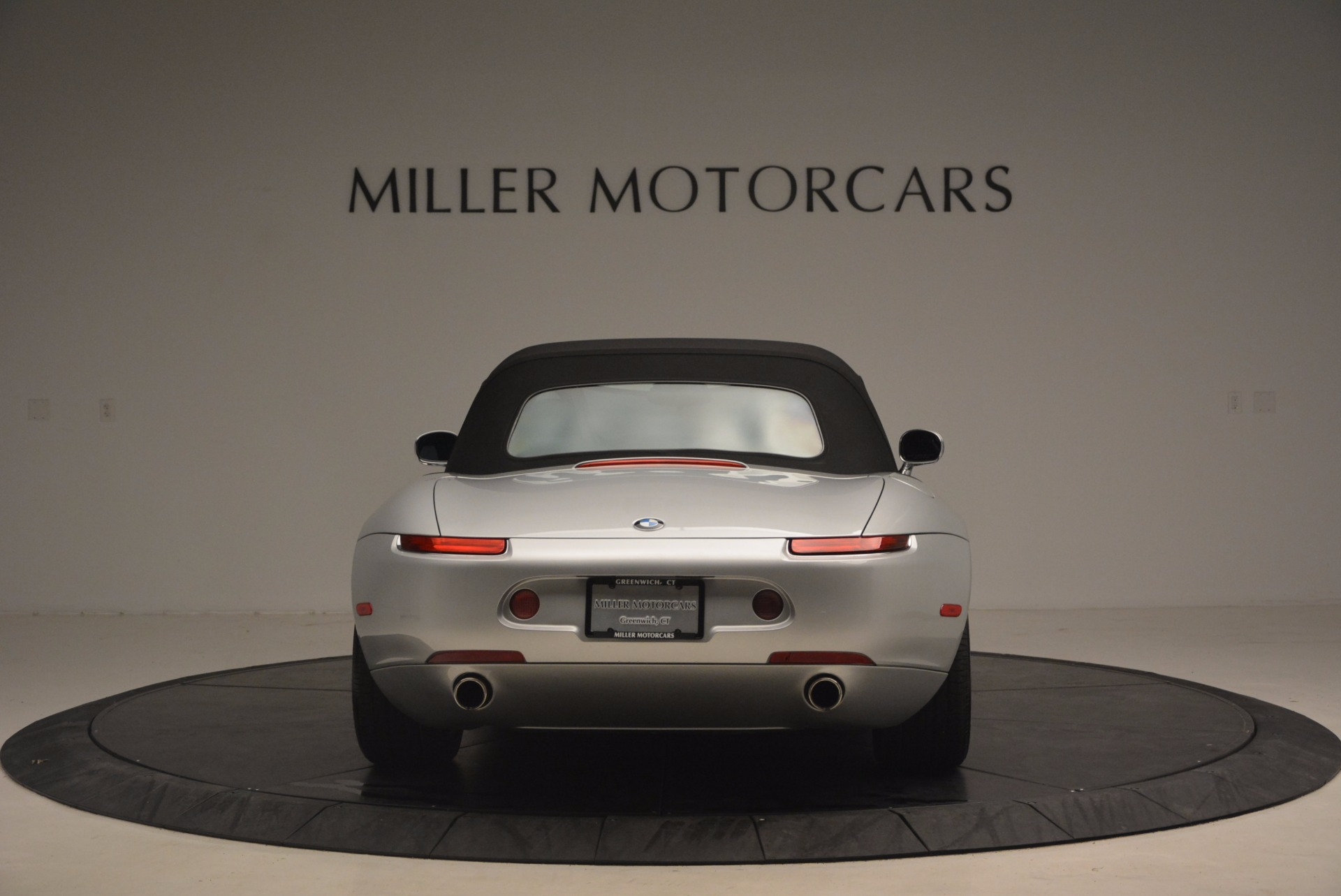 Used 2001 BMW Z8  For Sale In Greenwich, CT 1293_p18