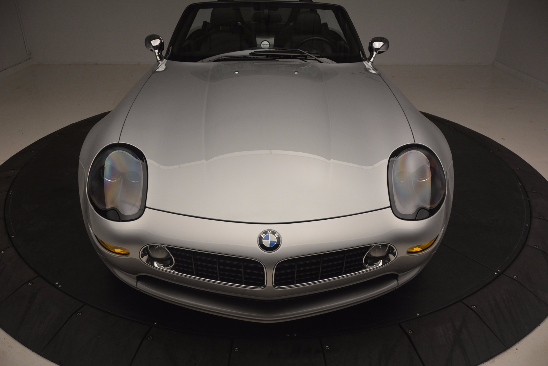Used 2001 BMW Z8  For Sale In Greenwich, CT 1293_p25