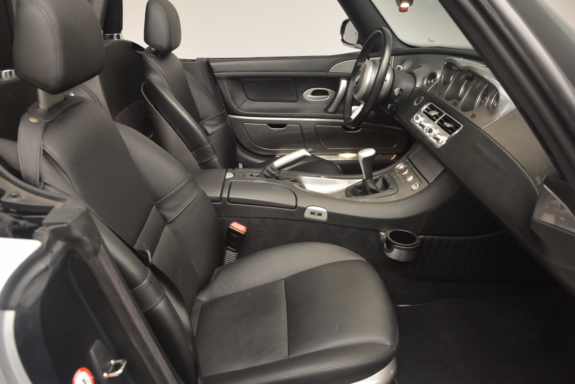 Used 2001 BMW Z8  For Sale In Greenwich, CT 1293_p42