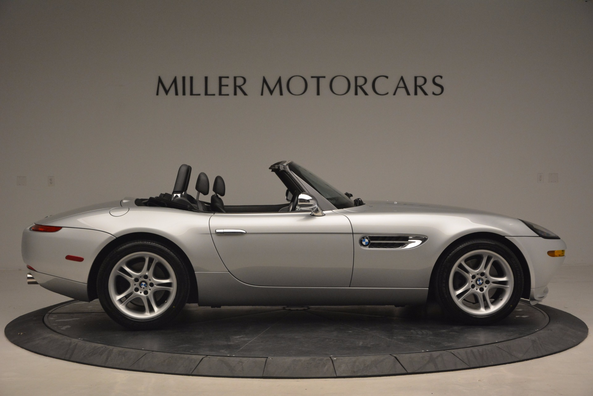 Used 2001 BMW Z8  For Sale In Greenwich, CT 1293_p9