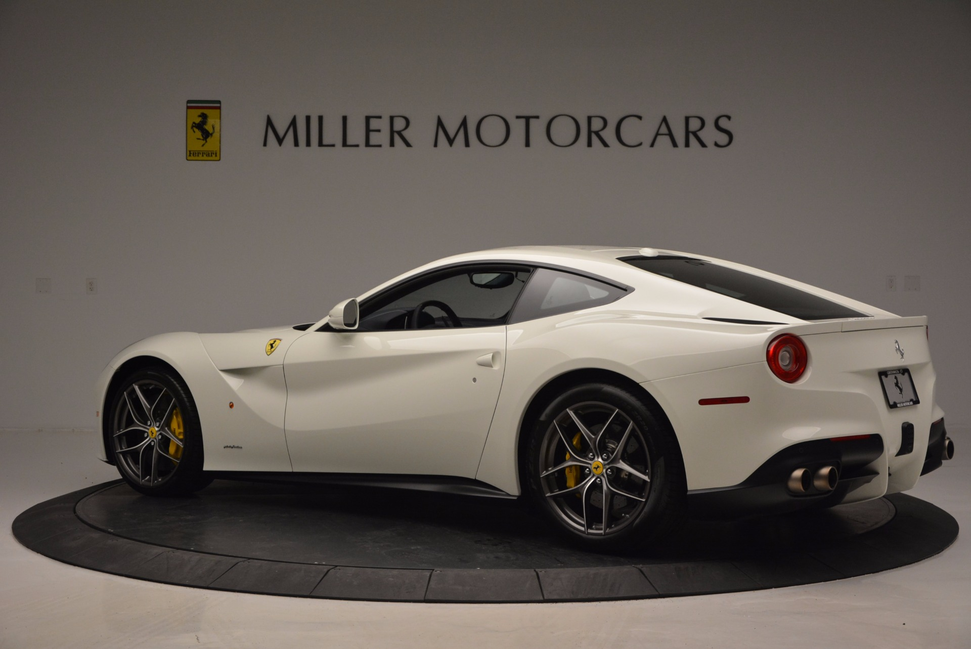 Used 2017 Ferrari F12 Berlinetta  For Sale In Greenwich, CT 1297_p4