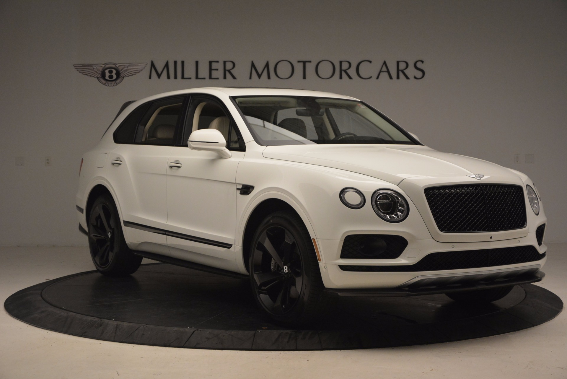 New 2018 Bentley Bentayga Black Edition For Sale In Greenwich, CT 1302_p11
